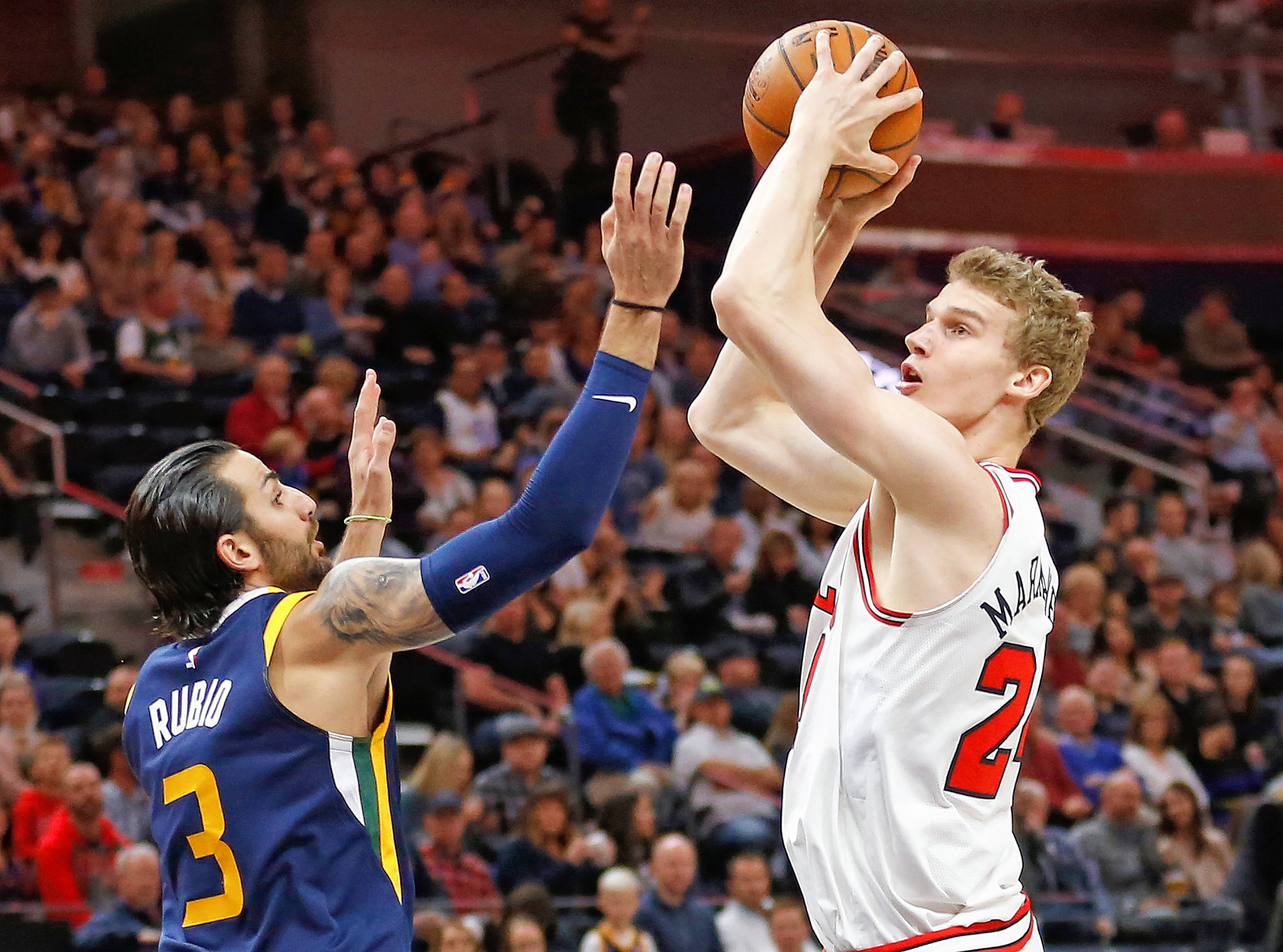Bulls' Hoiberg confident Markkanen can shake off shooting slump