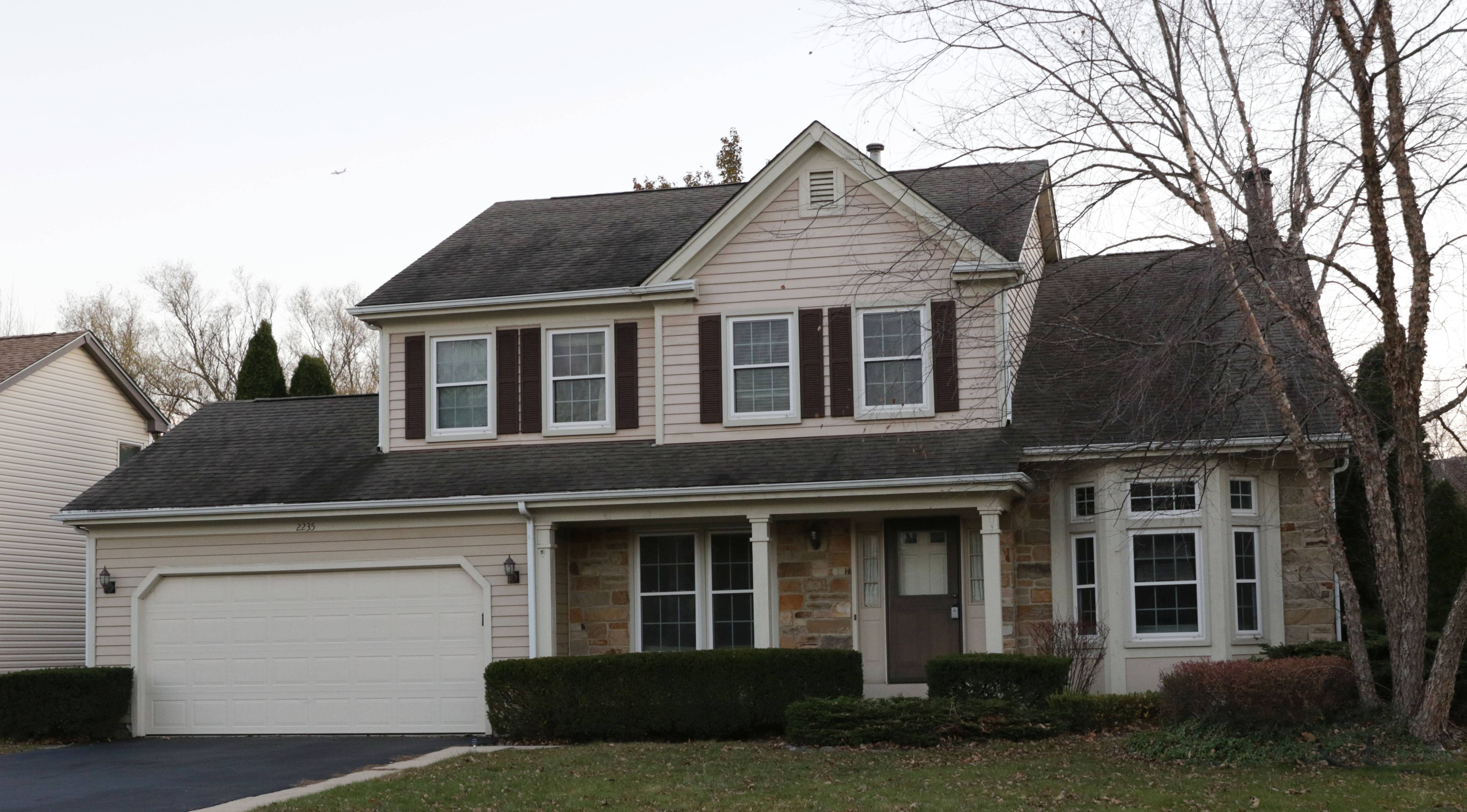 Des Plaines Elementary District 62 board member Sharon Lynch, a local Realtor, helped embattled Superintendent Floyd Williams Jr. find this house in Schaumburg, just months after she voted to hire him in 2016.