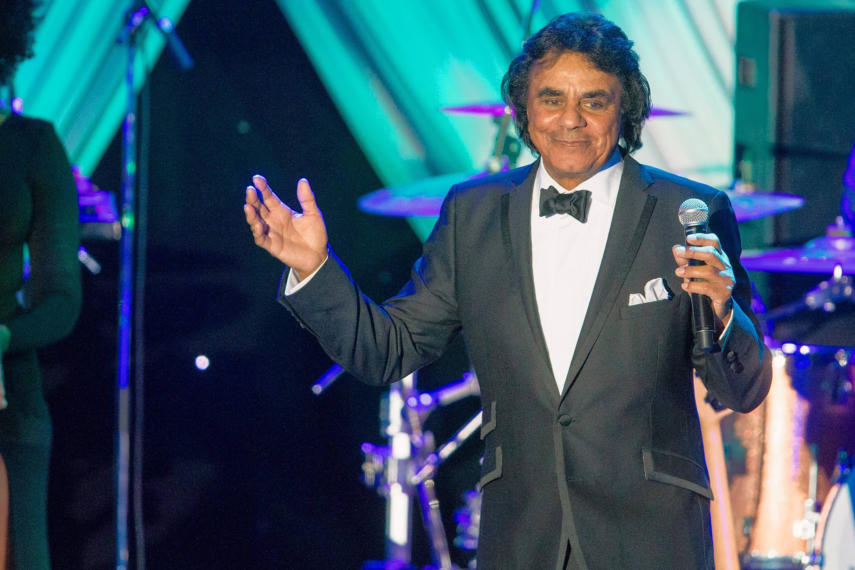 Johnny Mathis performs a Christmas Concert at the Rosemont Theatre on Friday, Dec. 1.