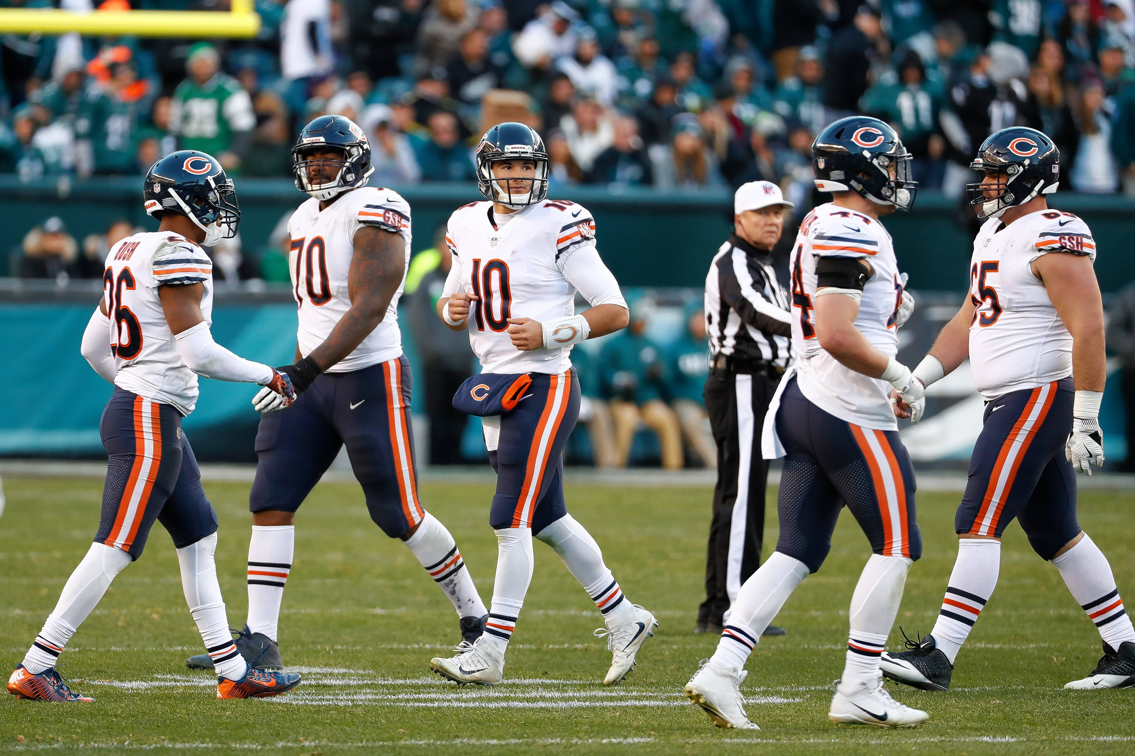"Chicago Bears' Mitchell Trubisky is embracing his role as team leader as the Bears try and regroup from their blowout loss to the Eagles. ""I feel like I know how to handle these situations,"" Trubisky said."