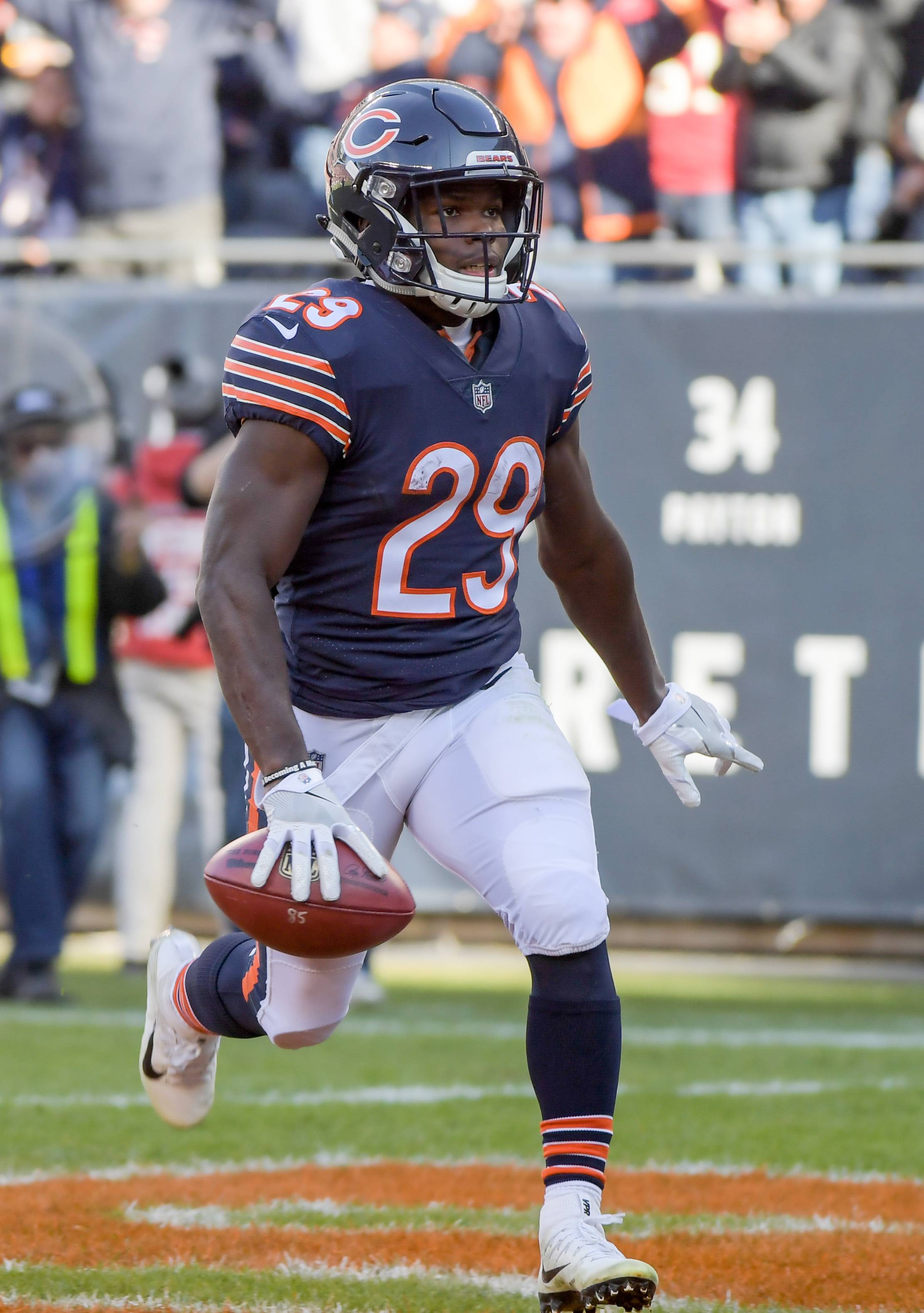 Chicago Bears' running back Tarik Cohen (29) scores on a punt return for the Bears during their 14-15 loss to the San Francisco 49ers at Soldier Field on December 3, 2017.