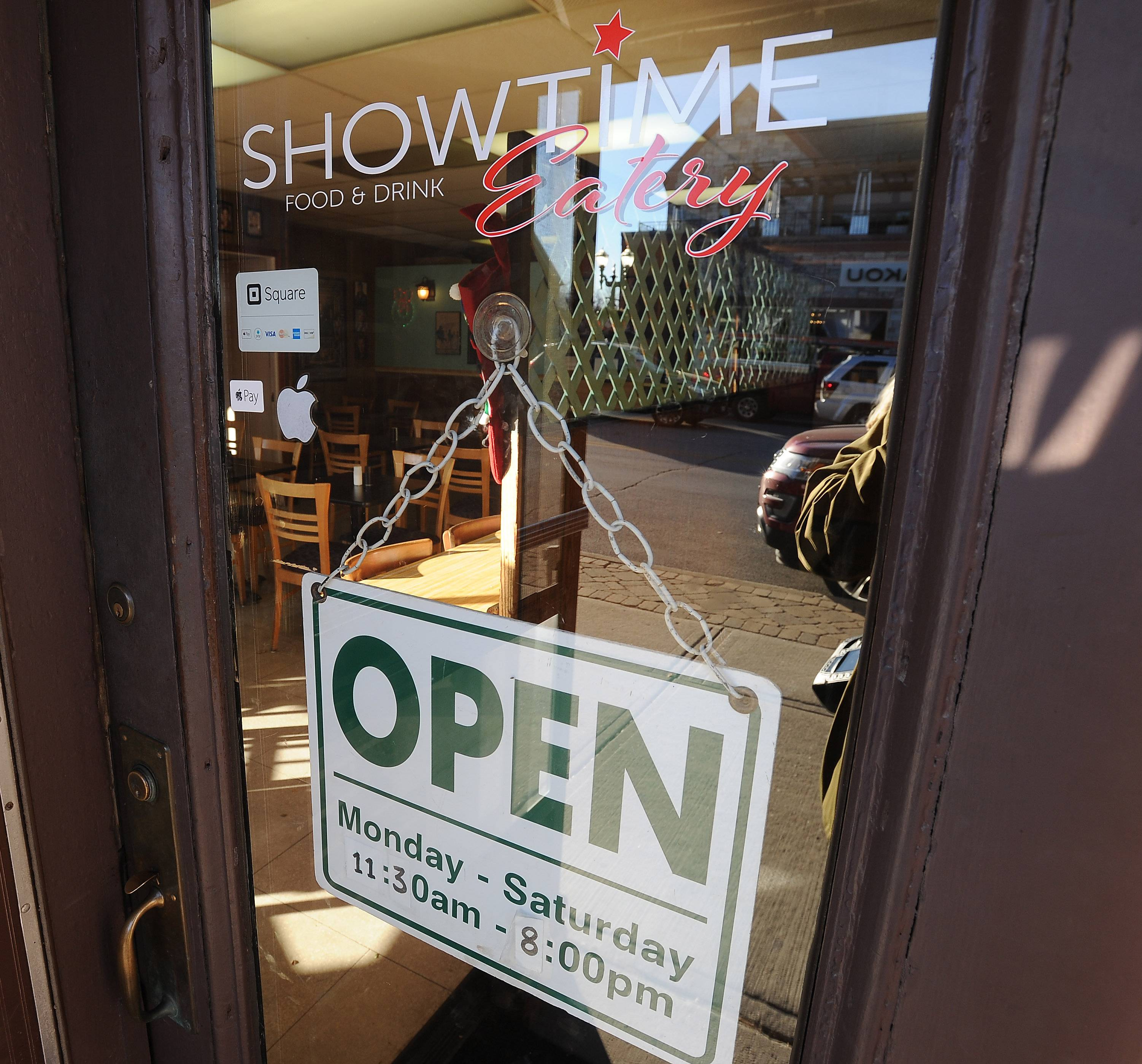 An online fundraising campaign similar to what the Catlow Theater in downtown Barrington successfully used for a new digital projector about five years ago has returned in an effort to renovate an adjacent restaurant, Showtime Eatery.