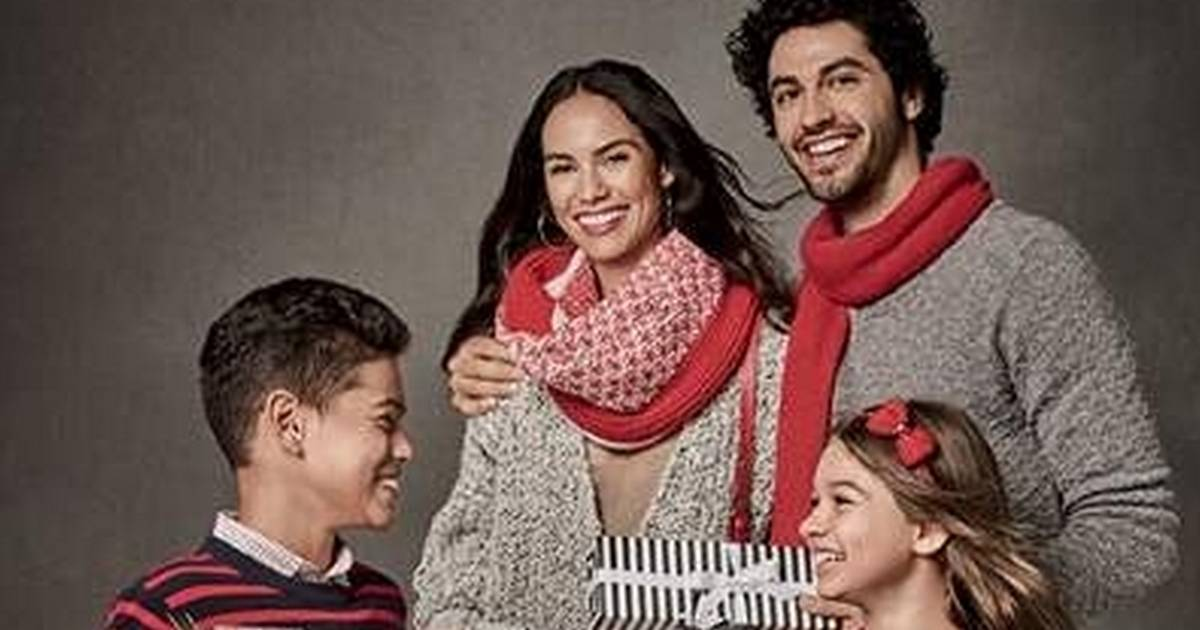 0608bb28358 Chicago Premium Outlets offers premium gifting and premium savings this  holiday season