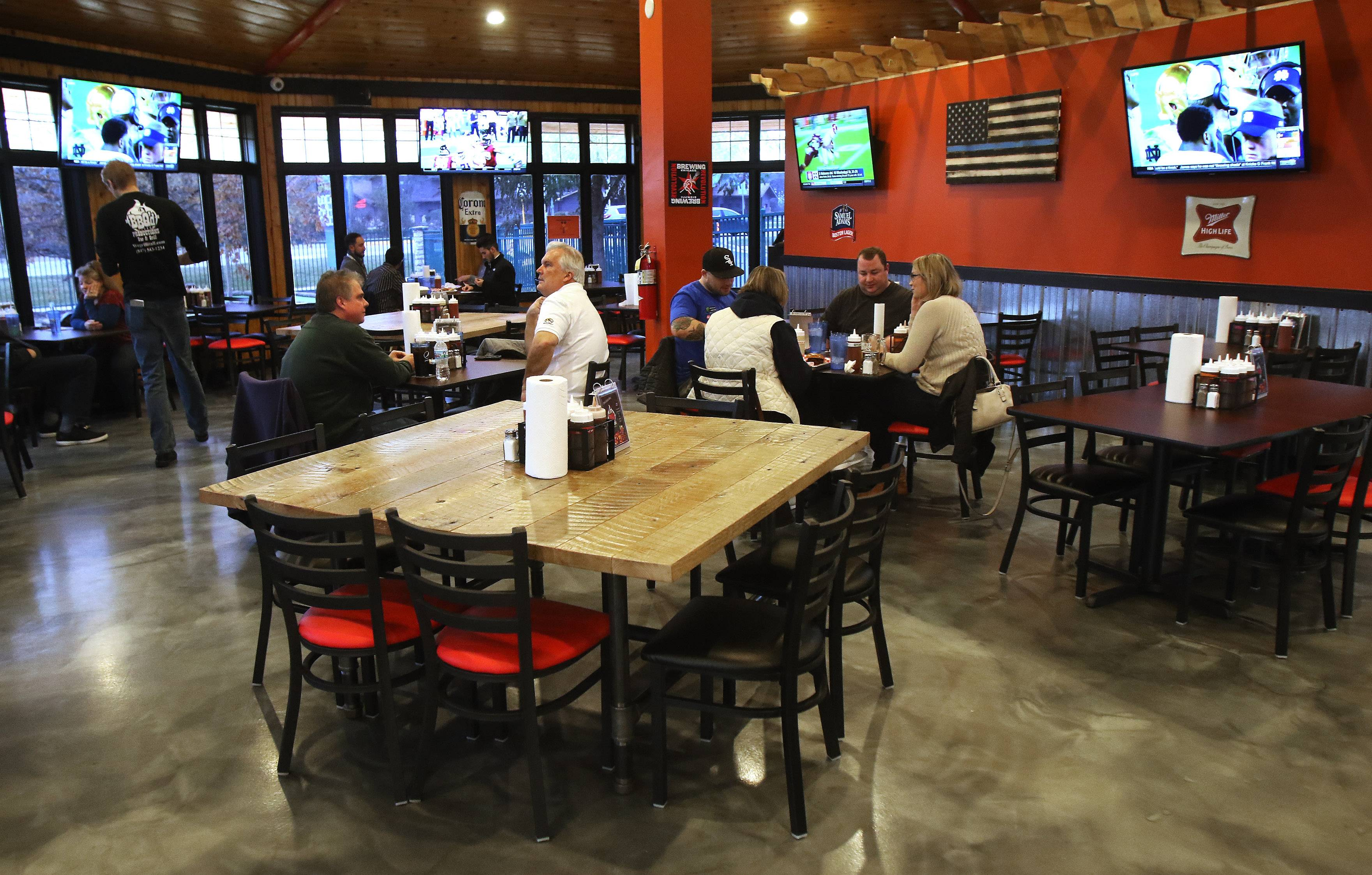 Diners at BBQ'd Productions Bar & Grill in Lake Zurich will soon be able to use the five video gambling machines, after village trustees in Monday approved their use in the restaurant.