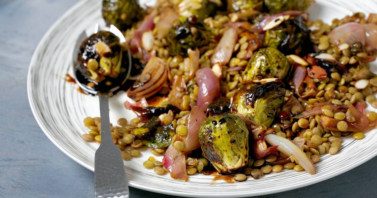 Caramelized Brussels Sprouts and Lentil Salad
