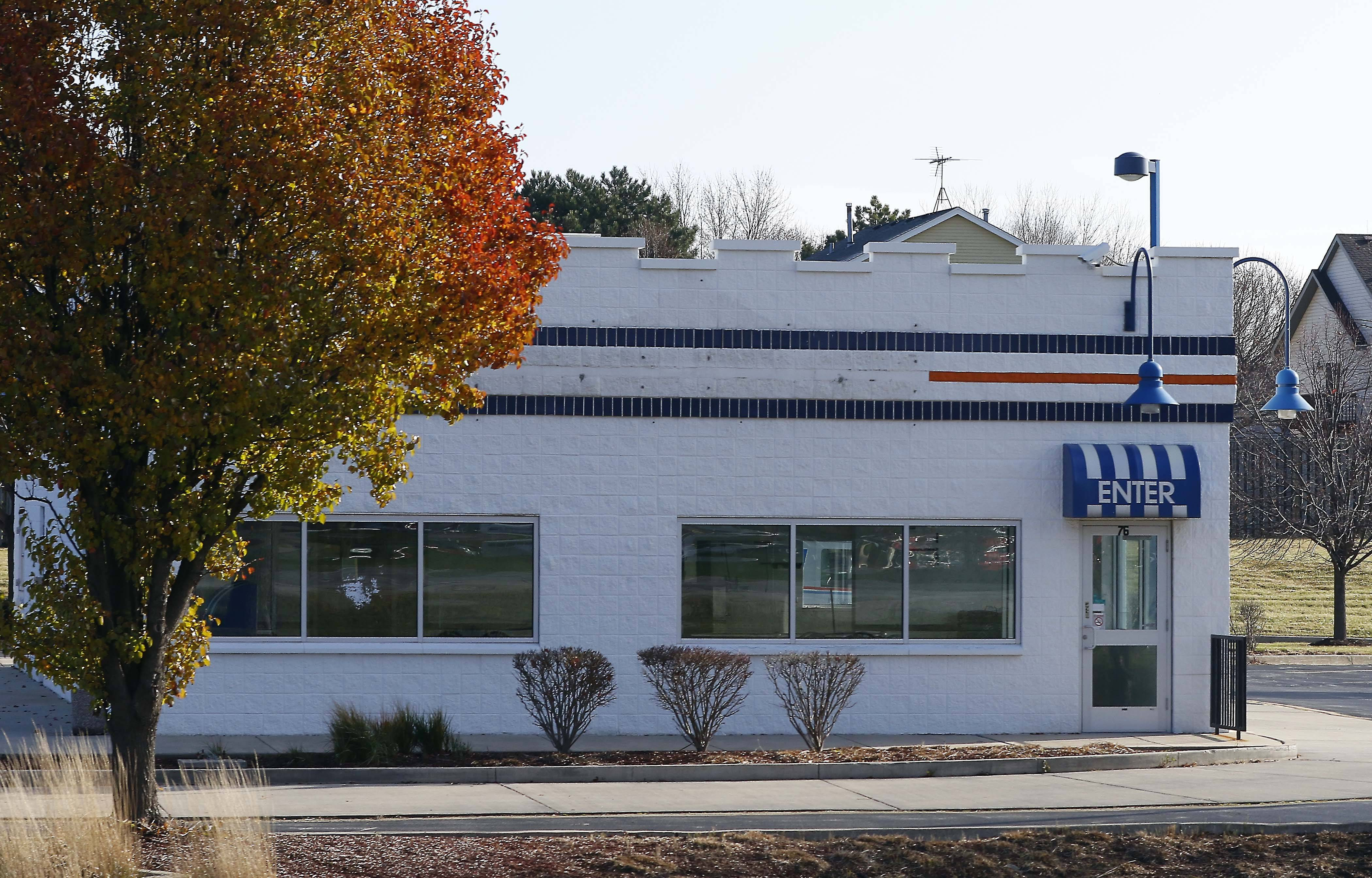 The empty White Castle building in Batavia could soon be the home of a Burrito Parrilla Mexicana. The plan Commission will take up the proposal today.