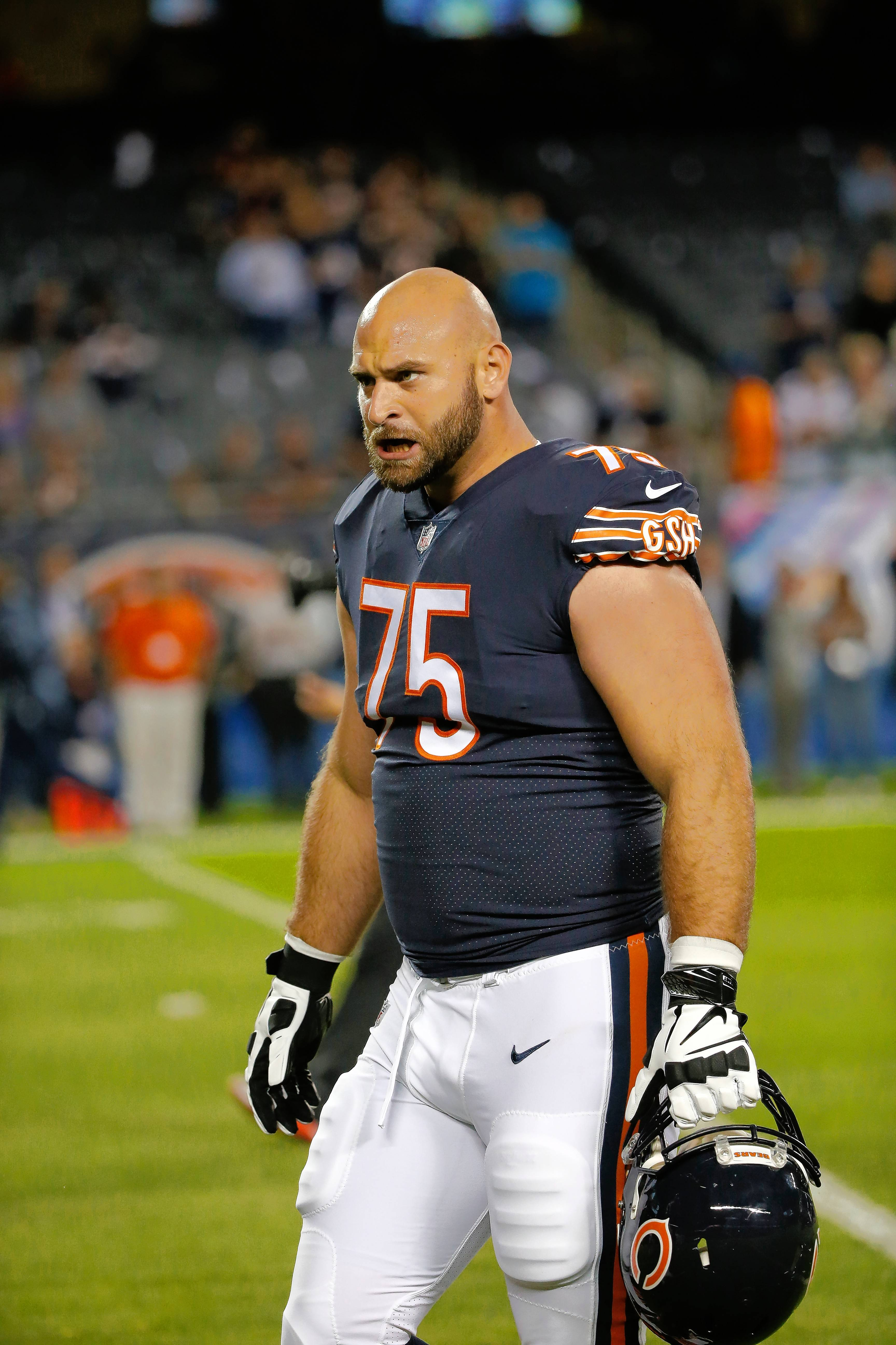 Chicago Bears place Kyle Long on injured reserve