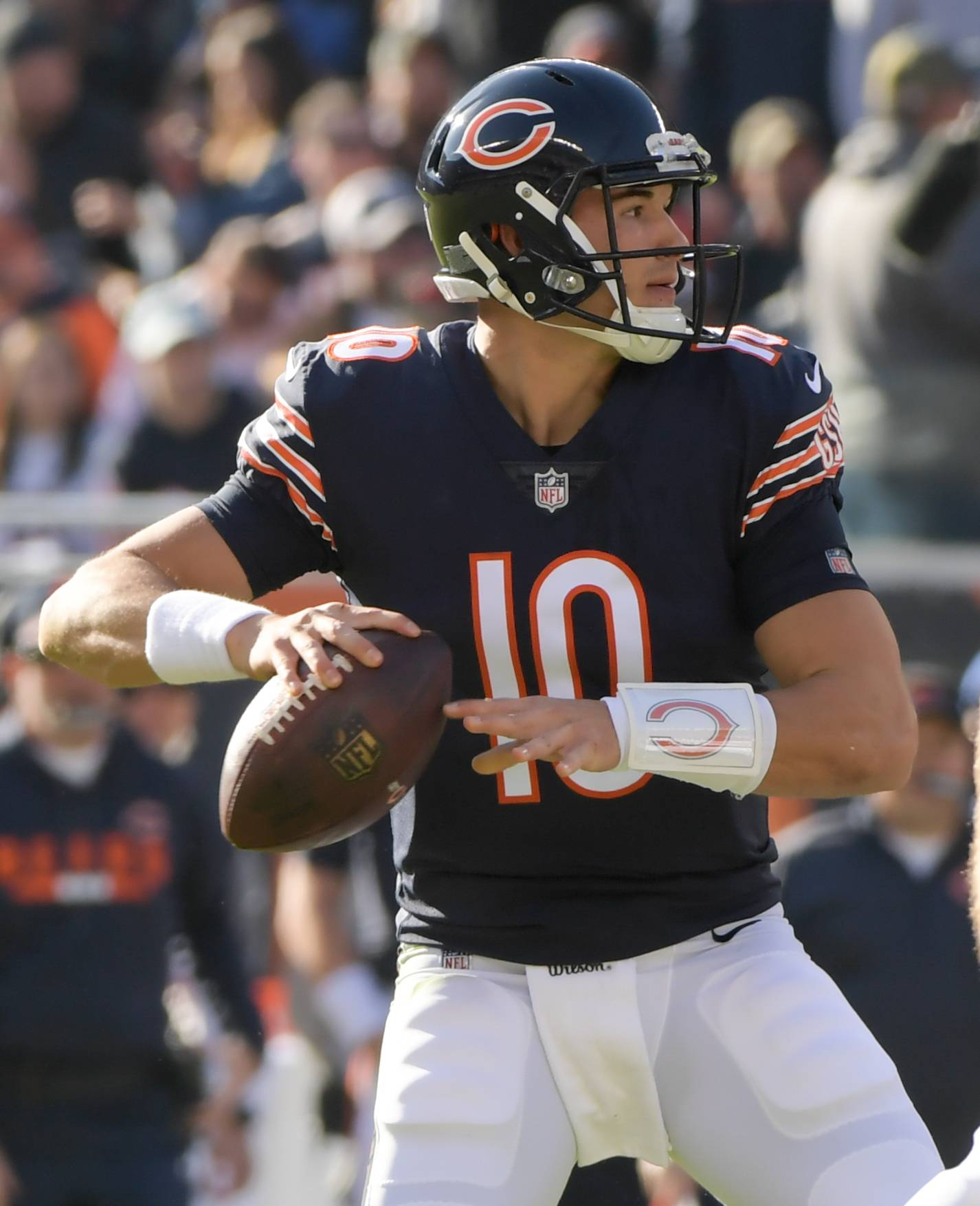 Mark Black/mblack@dailyherald.comChicago Bears' quarterback Mitchell Trubisky (10) looks for an open man against San Francisco 49ers at Soldier Field on December 3, 2017.