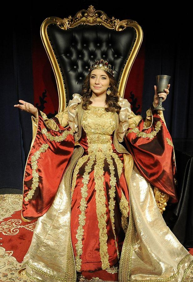 Queens Of Thrones