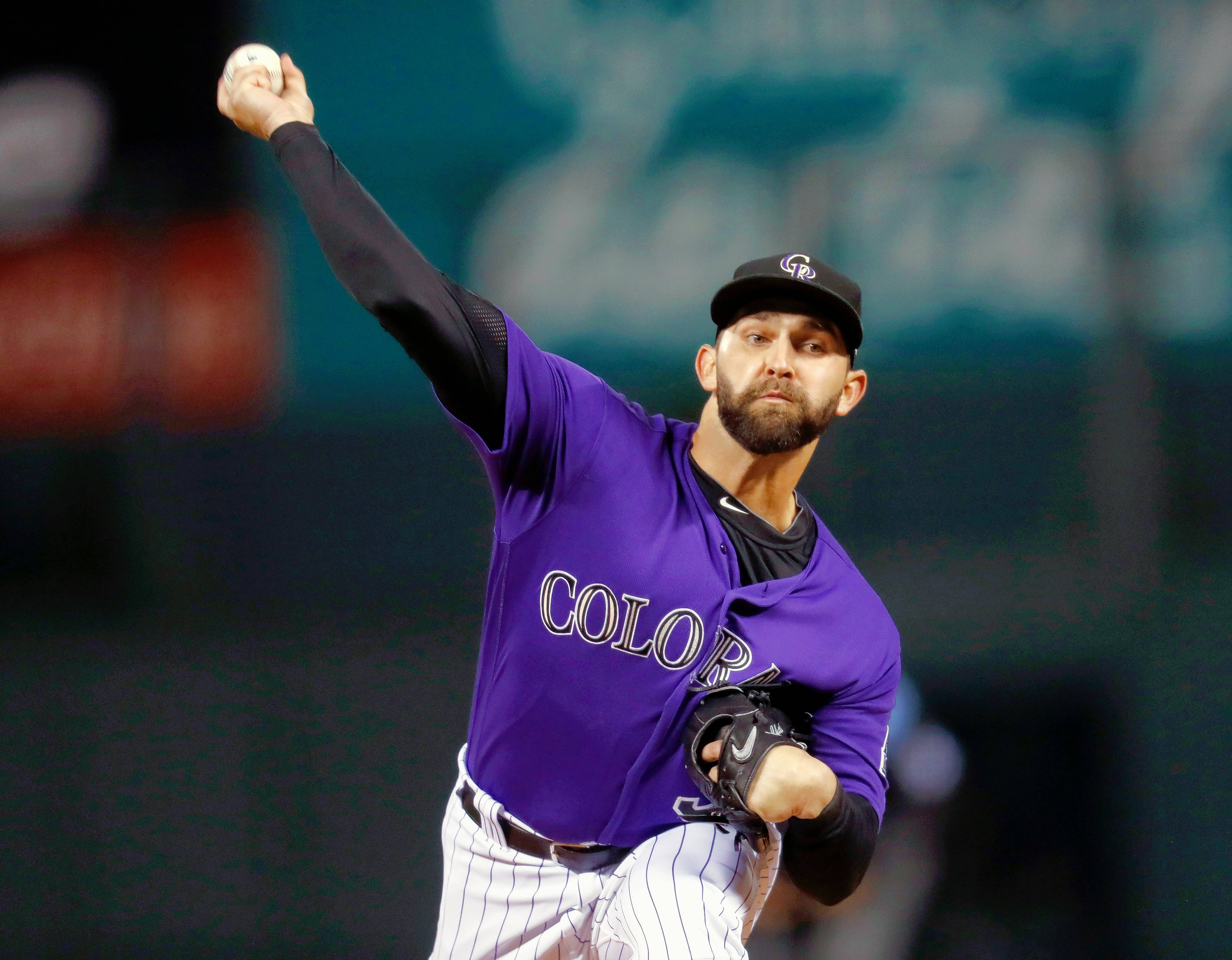 Former Colorado Rockies starting pitcher Tyler Chatwood has signed a three-year deal with the Chicago Cubs.