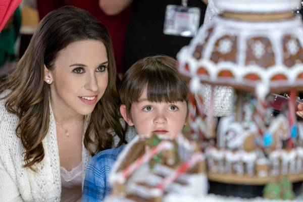lacey chabert left with brenden sunderland in the sweetest christmas - When Do Hallmark Christmas Movies Start
