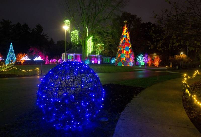 the winterlights holiday light display in indianapolis impresses