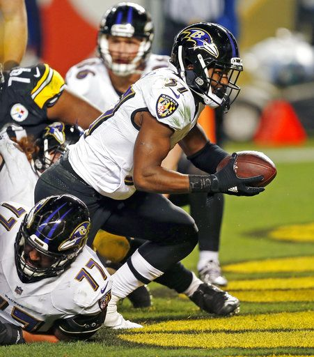 762259be6 The Latest  Steelers get emotional comeback win over Ravens