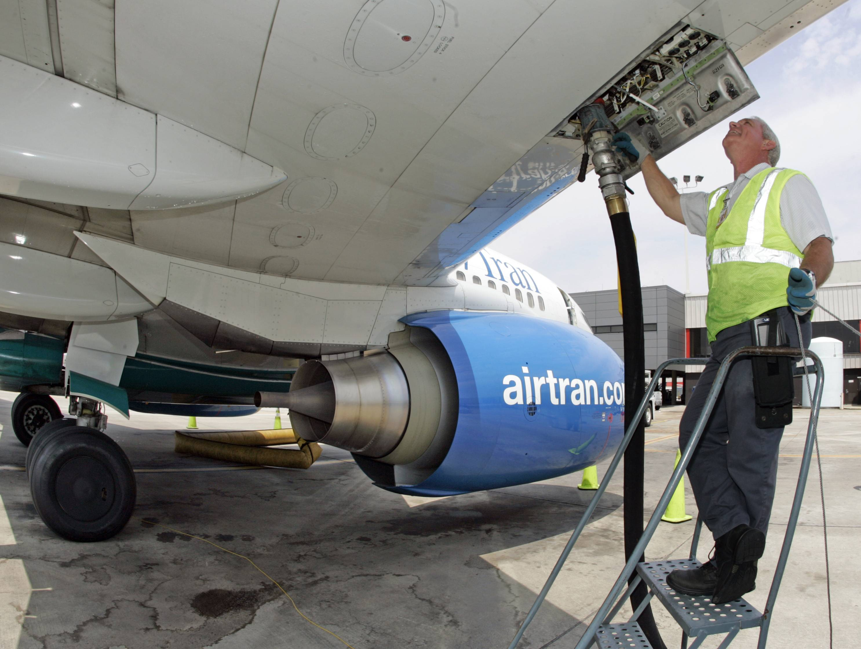 Taxes from the sale of aviation fuel should fund airports, an FAA rule requires. Illinois is adjusting to the regulation that will affect some municipalities.