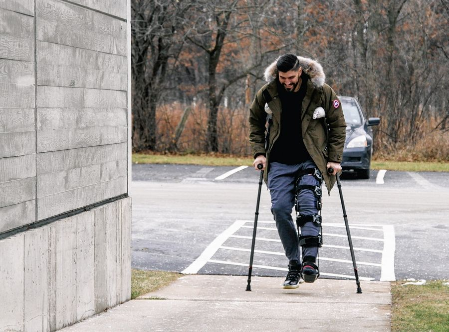 Chicago Bears tight end Zach Miller has a smile on his face as he makes an emotional return to Halas Hall on Monday.