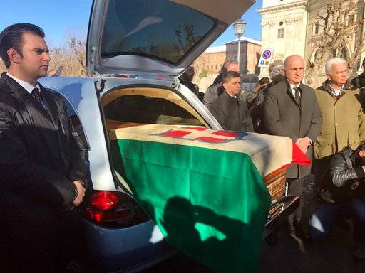 Remains of exiled Italian king arrive in Italy from Egypt