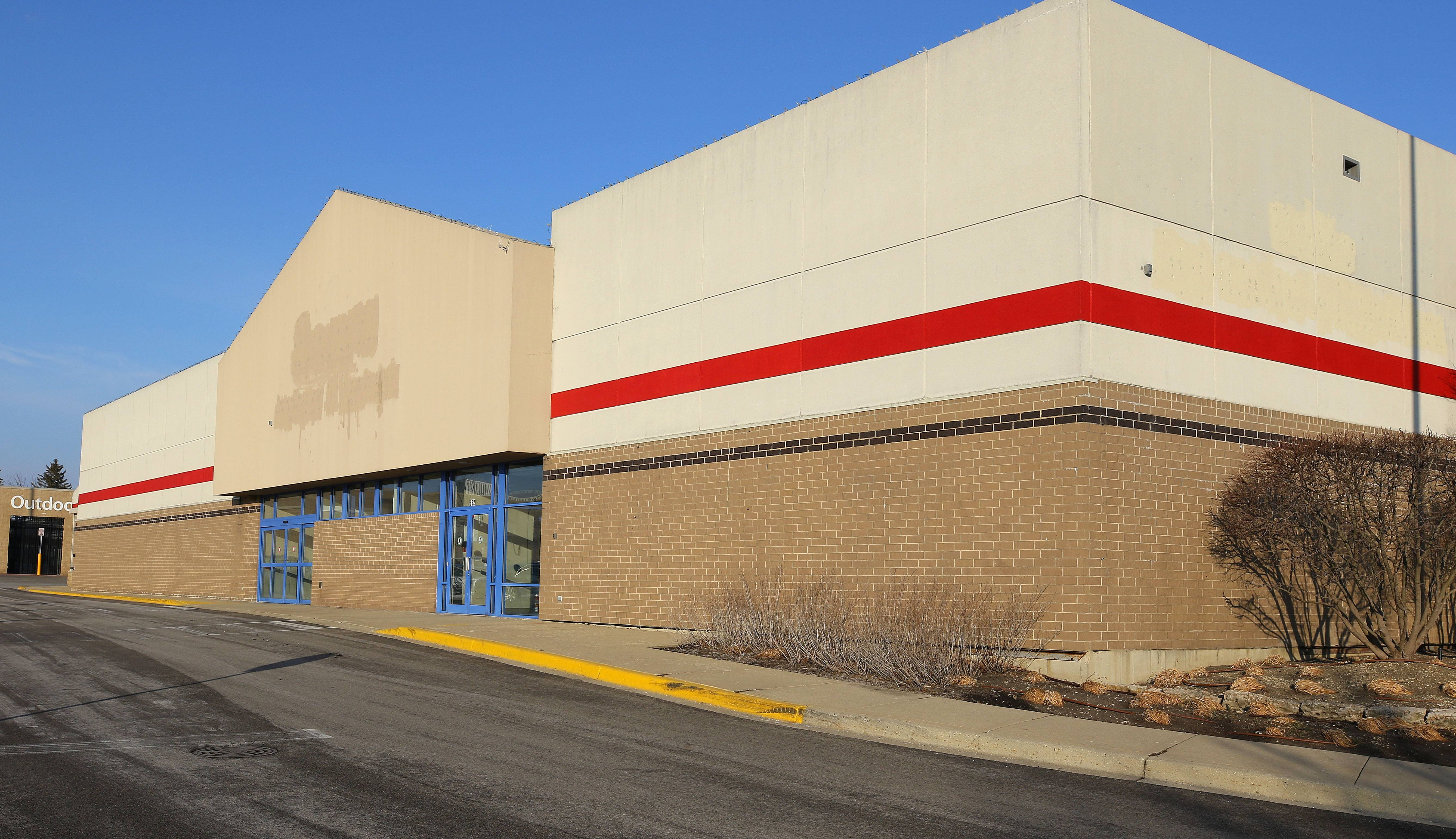 Lake Zurich Unit District 95 plans to consolidate its administrative offices, IT and teacher training spaces in the former Sears Hardware building at 832 S. Rand Road.