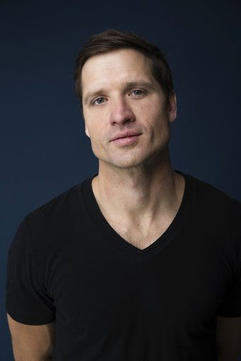 "In this Dec. 11, 2017 photo, country singer Walker Hayes poses for a portrait in New York to promote his latest album, ""boom.� (Photo by Taylor Jewell/Invision/AP)"