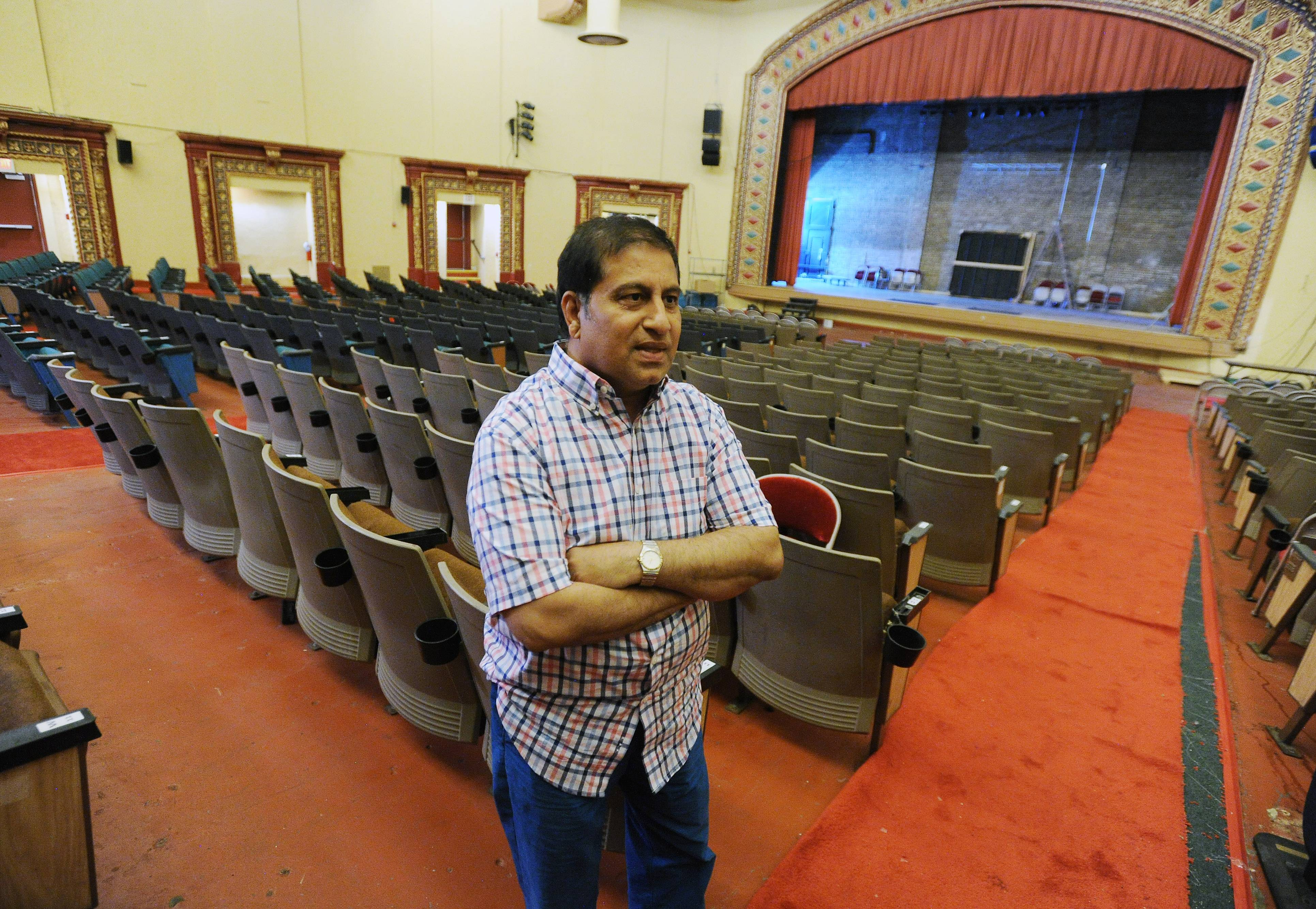 Des Plaines Theatre owner Dhitu Bhagwakar says he declined a $450,000 offer from the city to purchase the 92-year-old building. That, in turn, has led the city to pursue condemnation proceedings.