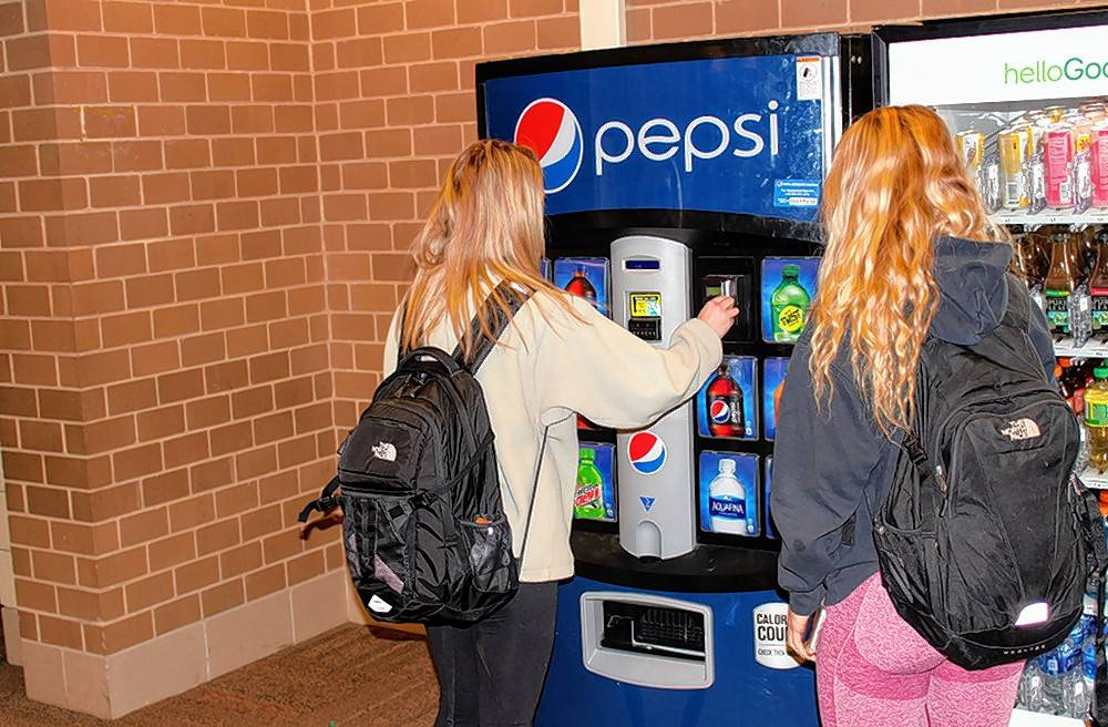 No Coke, just Pepsi, at Stevenson High for at least five more years