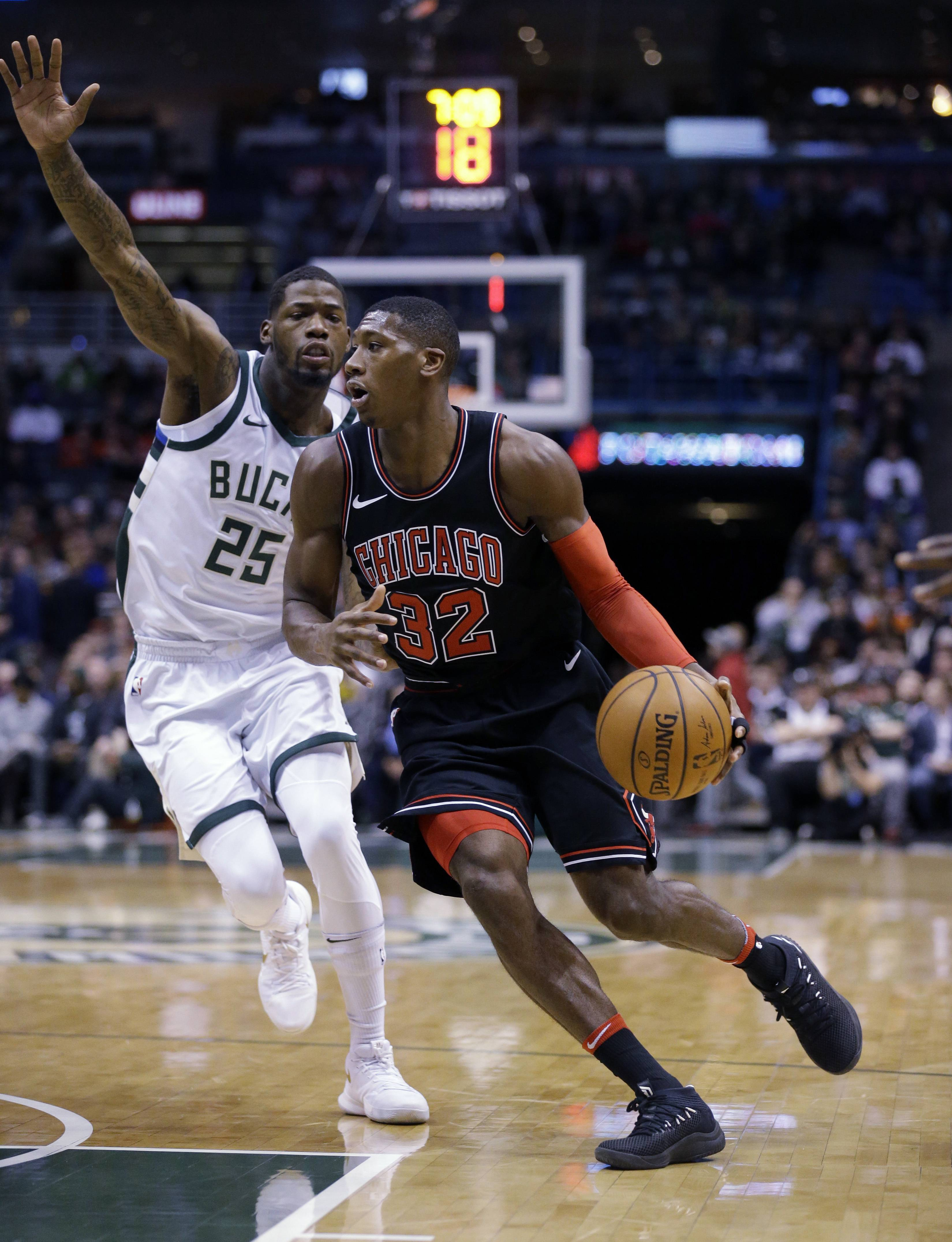 Mirotic, Dunn lead Chicago Bulls to another win in Milwaukee