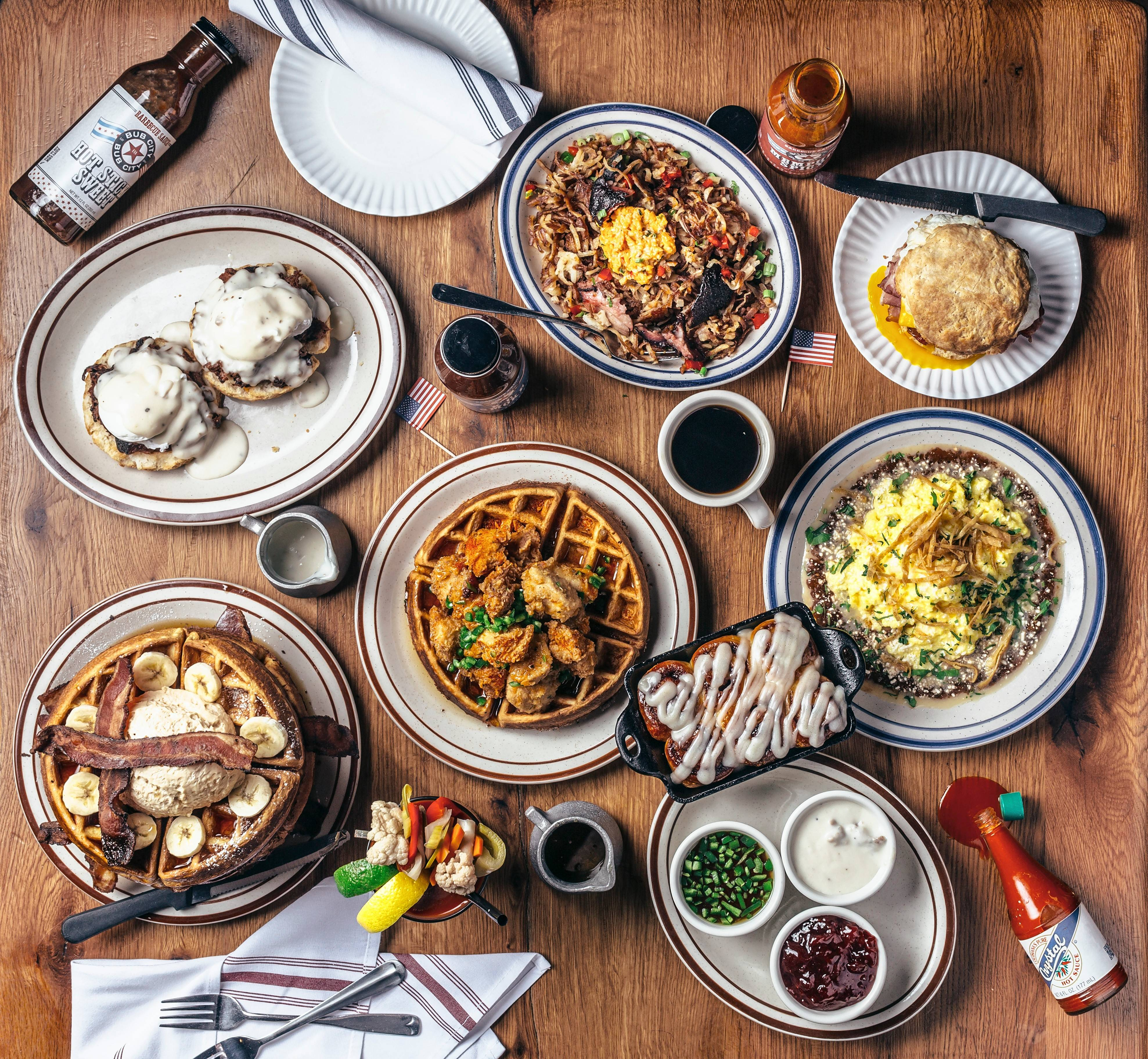 Kick off New Year's Eve and New Year's Day with a brunch serving Southern staples and a DIY Bloody Mary Bar at Bub City Rosemont.