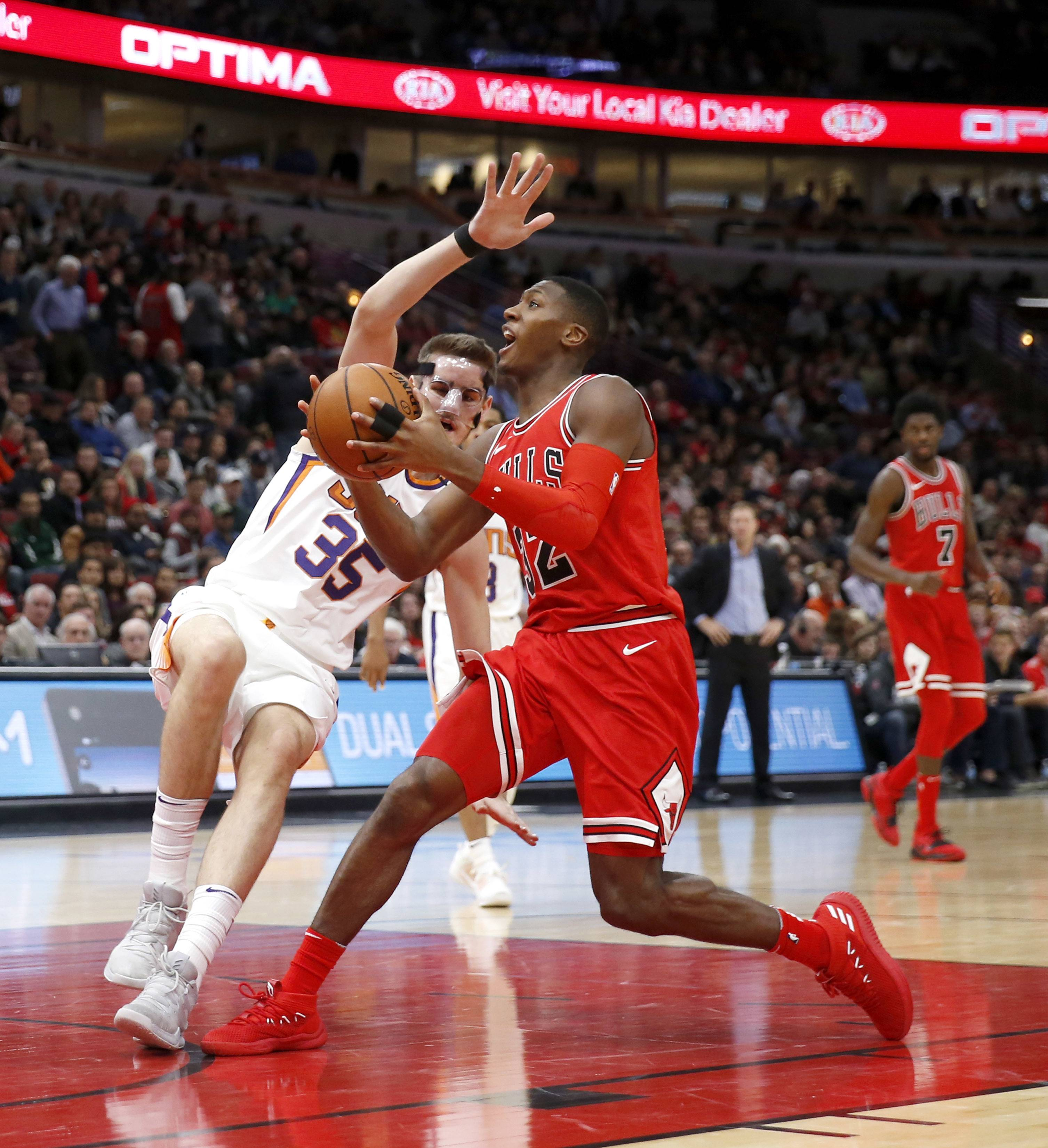 Bulls point guard Kris Dunn skipped Saturday's practice after missing Friday's win over Indiana with patellar tendinitis in his left knee. Coach Fred Hoiberg thinks there's a chance Dunn could play Sunday at Washington.