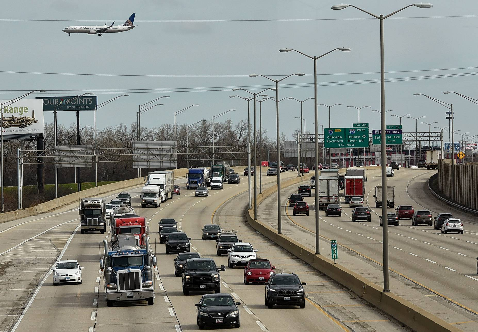 Transportation experts' predictions for 2018 in Chicago, suburbs