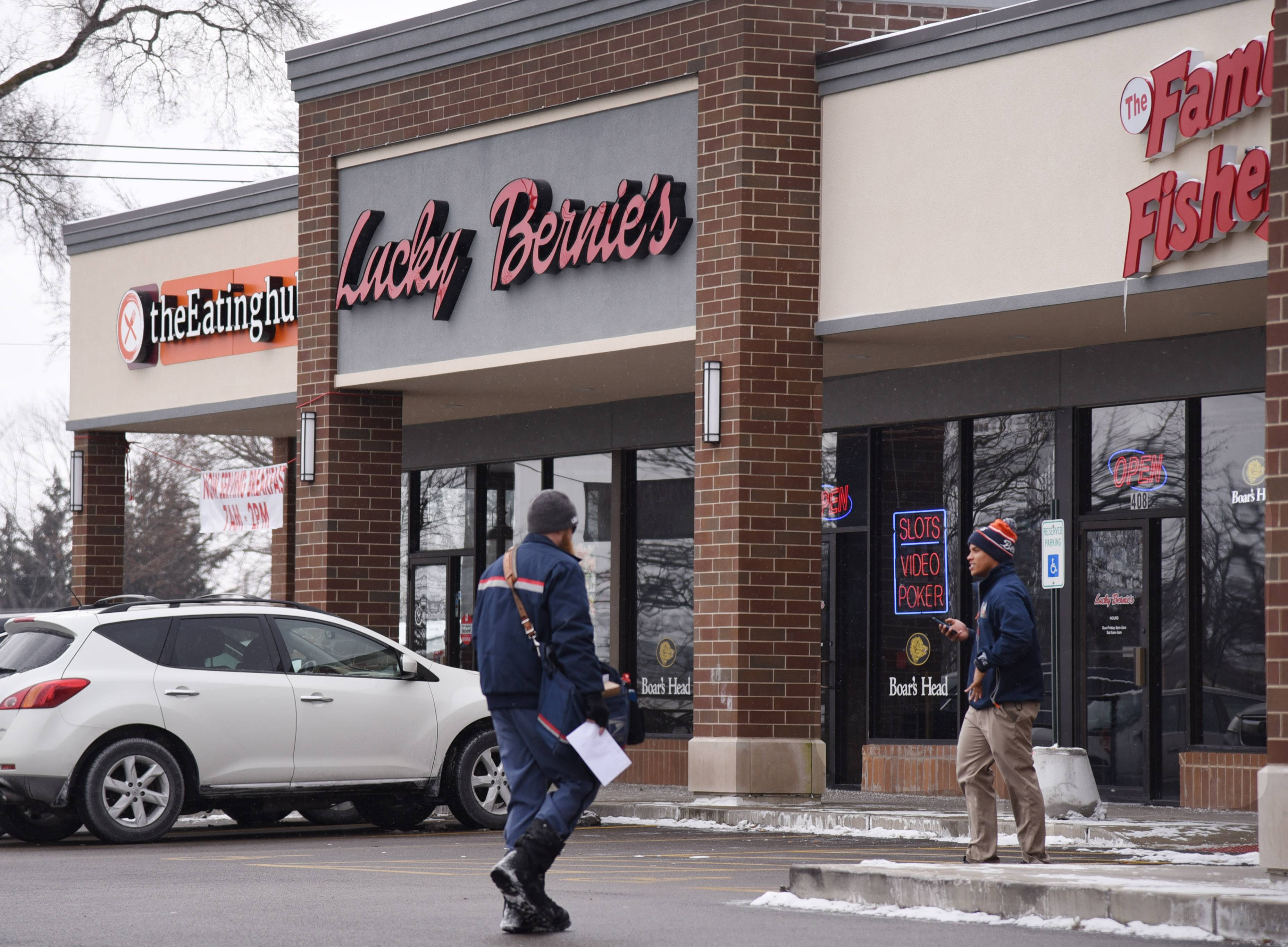 Lucky Bernie's the latest business to open in Mundelein's Hawley Lake Plaza