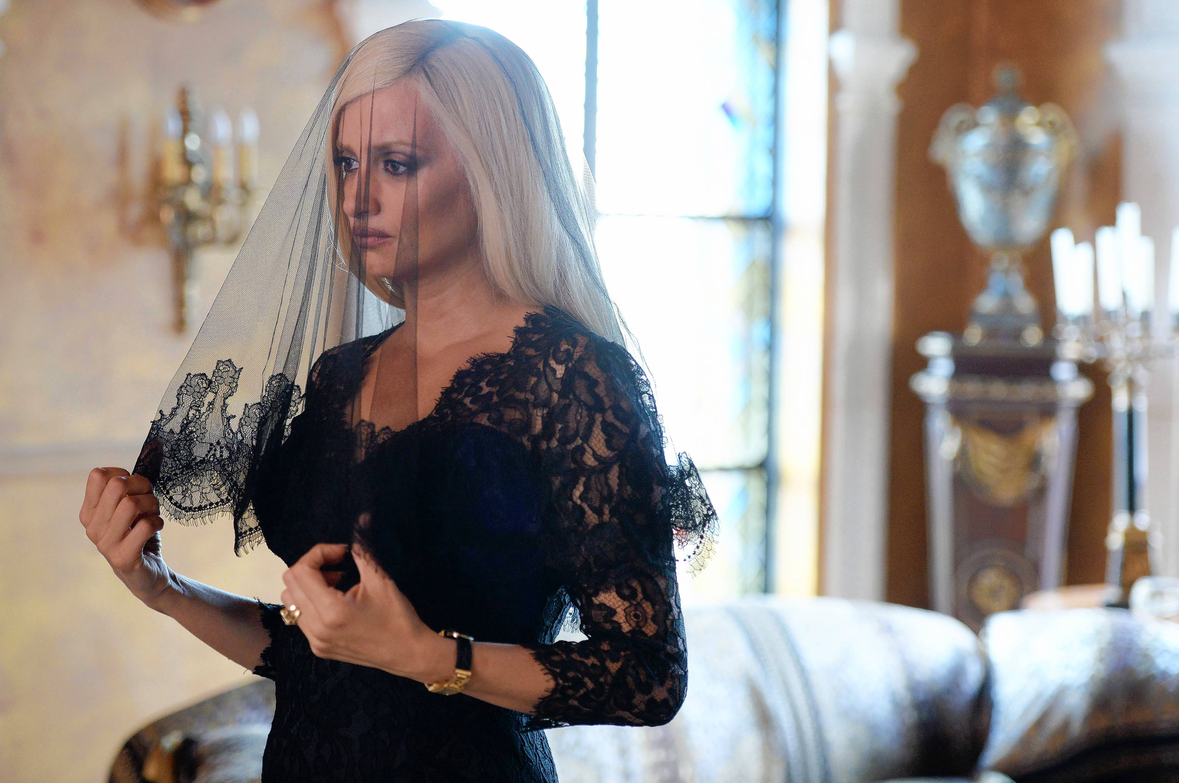 "Donatella Versace (Penélope Cruz) takes control of her murdered brother's fashion empire in ""The Assassination of Gianni Versace: American Crime Story."""