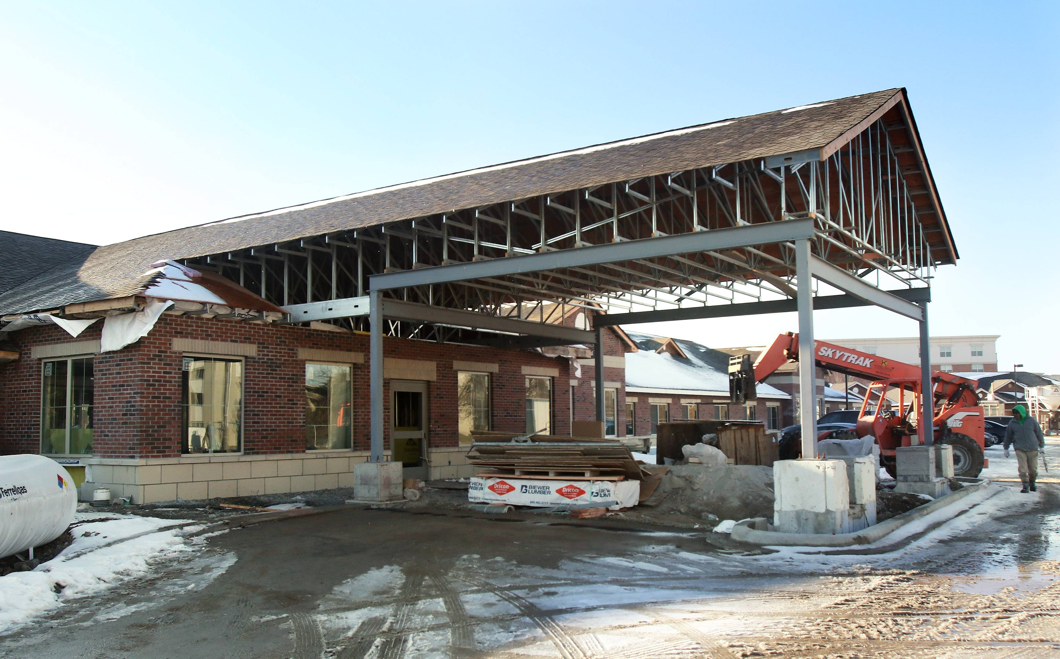 A new 72-bed memory care facility in Arlington Heights is taking shape. Waverly Inn, at 511 W. Rand Road, will be the fourth senior living community of Koelsch Senior Communities to open in the suburbs since last year.