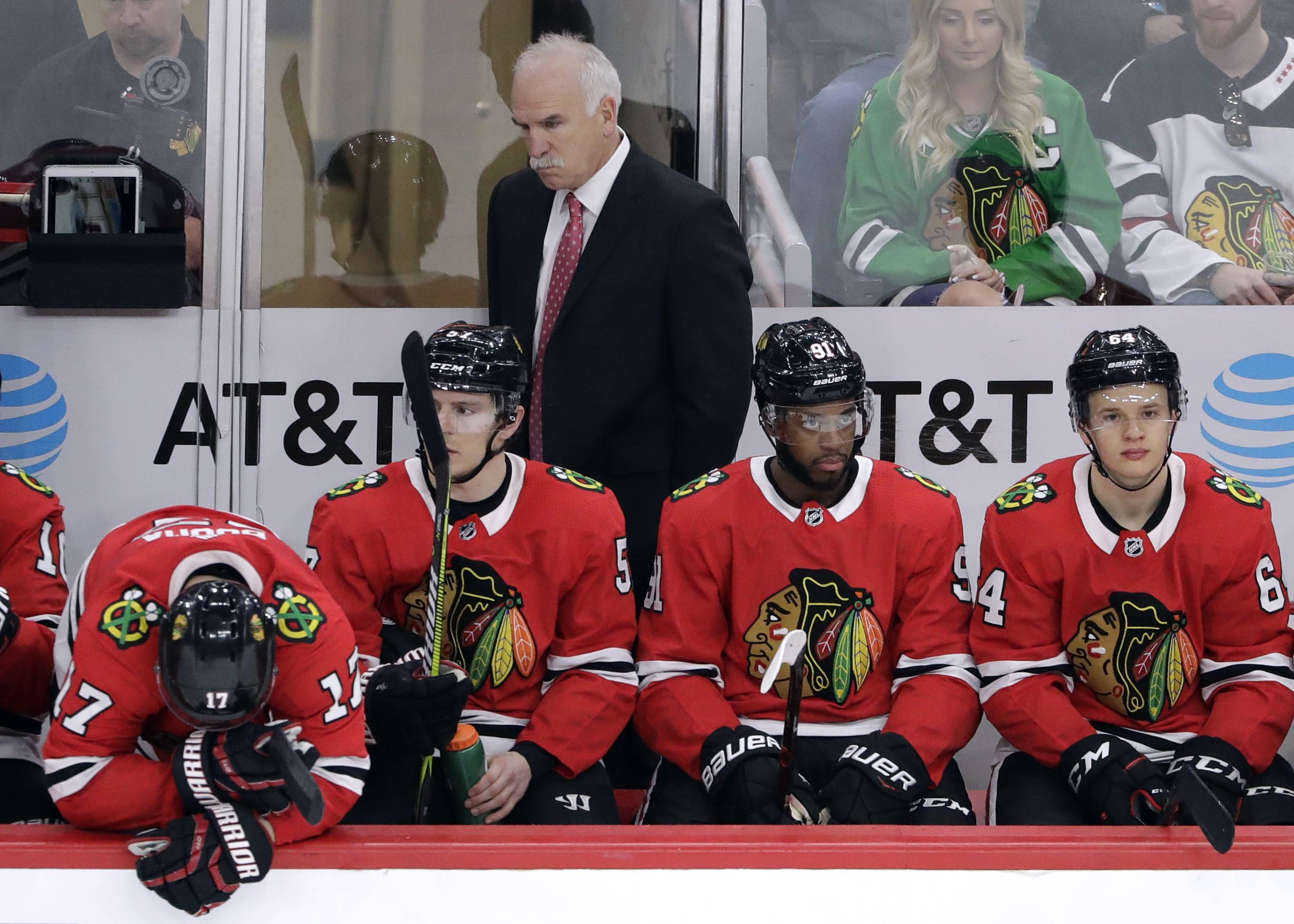 Blackhawks turn in poor effort in loss to Detroit