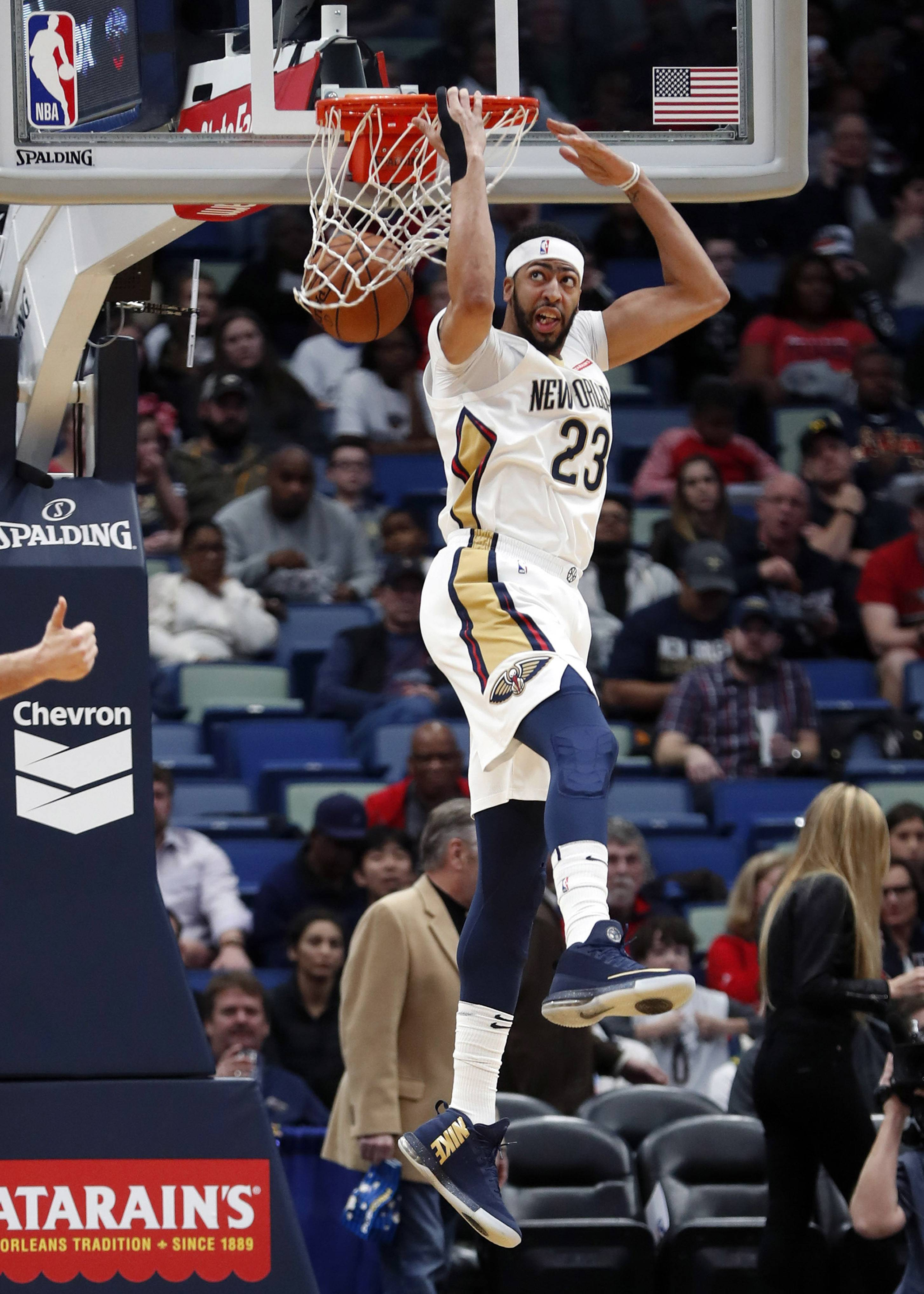 New Orleans Pelicans Forward Anthony Davis (23) Slam Dunks In The First Half
