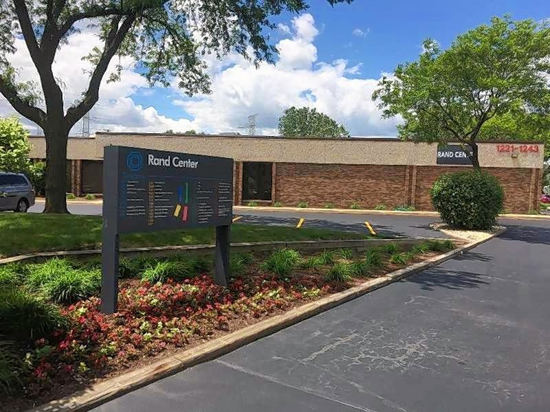 Podolsky Circle CORFAC International announced the sale of 1221-1311 Rand Road (Rand Center) in Des Plaines.