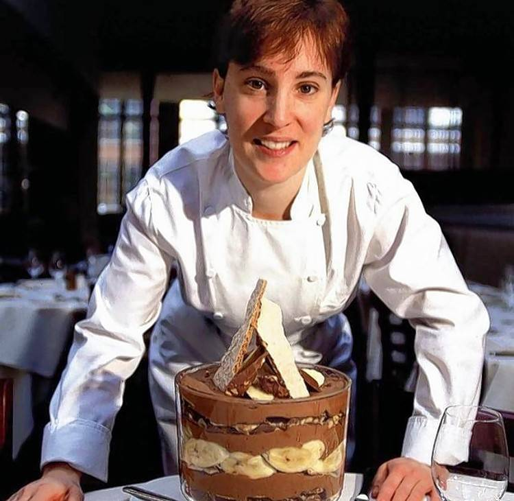Mindy Segal with a creation at HotChocolate in Chicago in 2005.