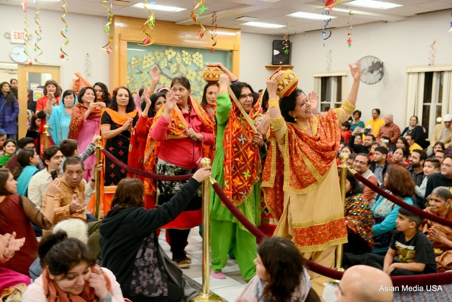 Lohri festival: As part of the celebrations, ladies dressed in colorful Phulkaris and Punjabi suits, performed Giddha and Jago.