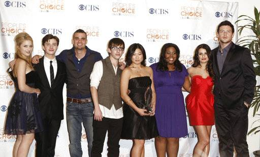 "FILE - In this Jan. 6, 2010 file photo, the cast of ""Glee,"" from left, Dianna Agron, Chris Colfer, Mark Salling, Kevin McHale, Jenna Ushkowitz, Amber Riley, Lea Michele and Cory Monteith arrives at the People's Choice Awards in Los Angeles. Salling, one of the stars of the Fox musical comedy ""Glee,� died, Tuesday Jan. 30, 2018. He was 35. Salling's lawyer, Michael J. Proctor did not release the cause of death. Salling pleaded guilty in December to possession of child pornography."
