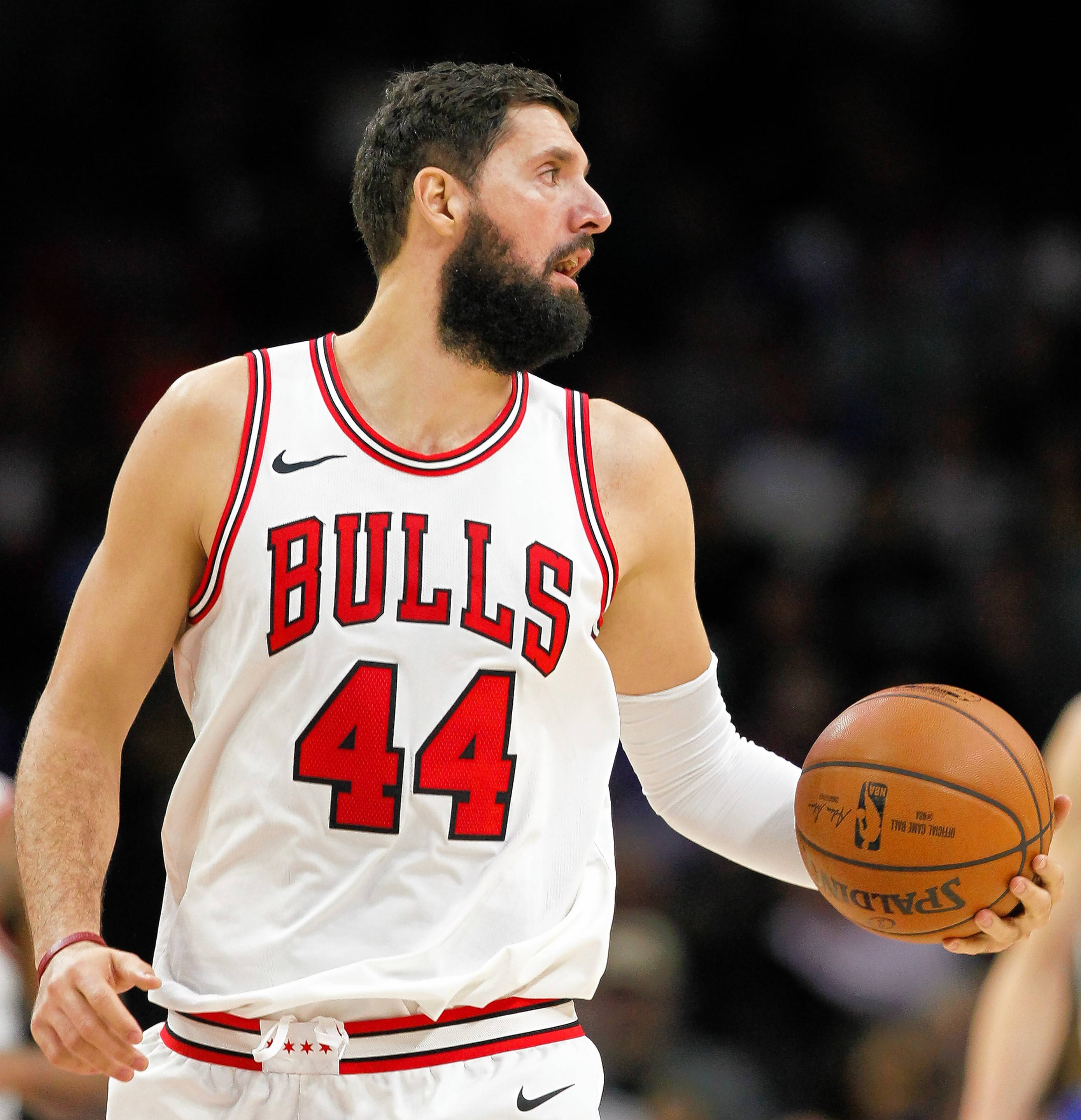 Mirotic's option holds up Bulls' proposed trade to New Orleans
