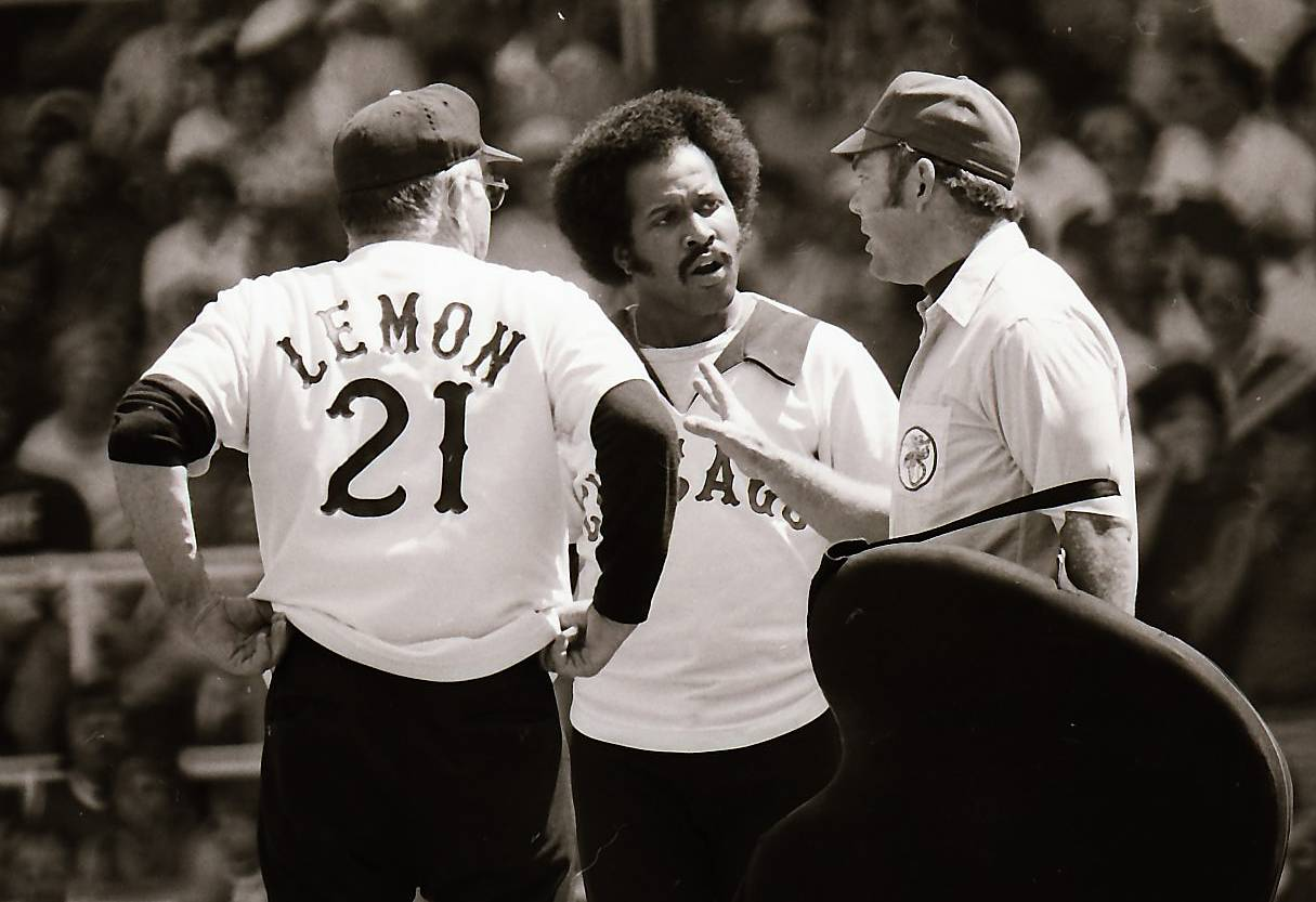 Oscar Gamble hit .297 for the Chicago White Sox in 1977 and blasted 31 home runs for the 90-win club. Gamble died at the age of 68.