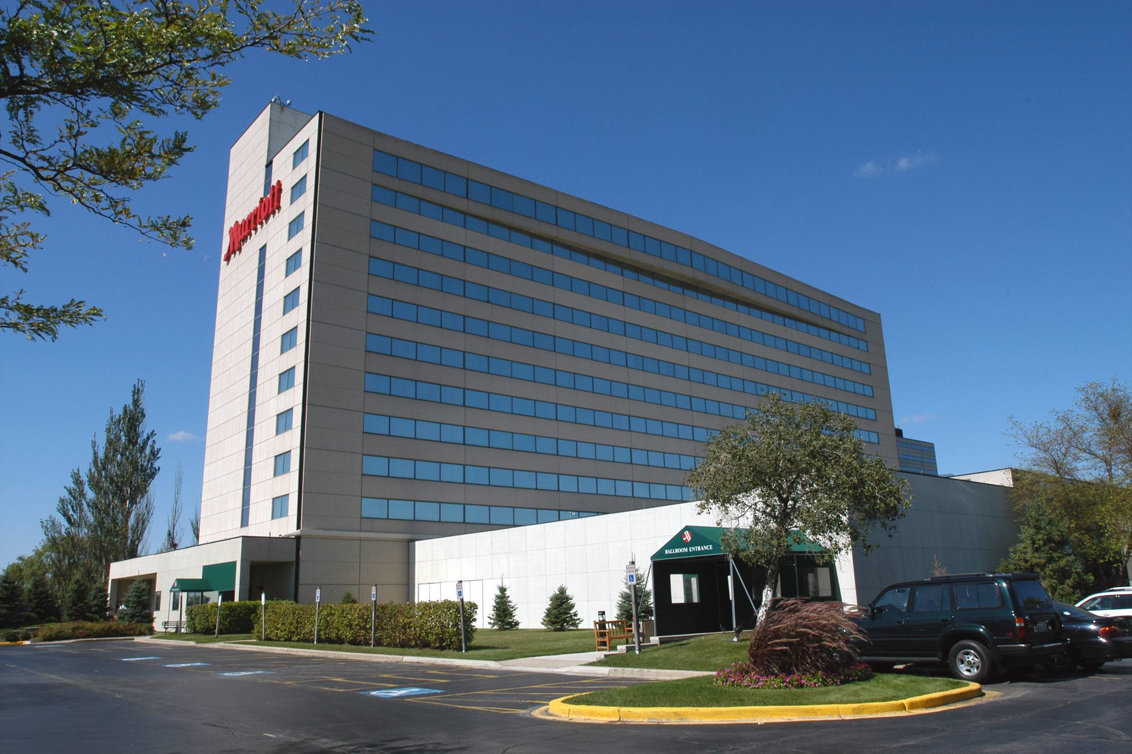 Two investment companies partnered to buy a the Schaumburg Marriott hotel for $35.5 million and plan to renovate the property.