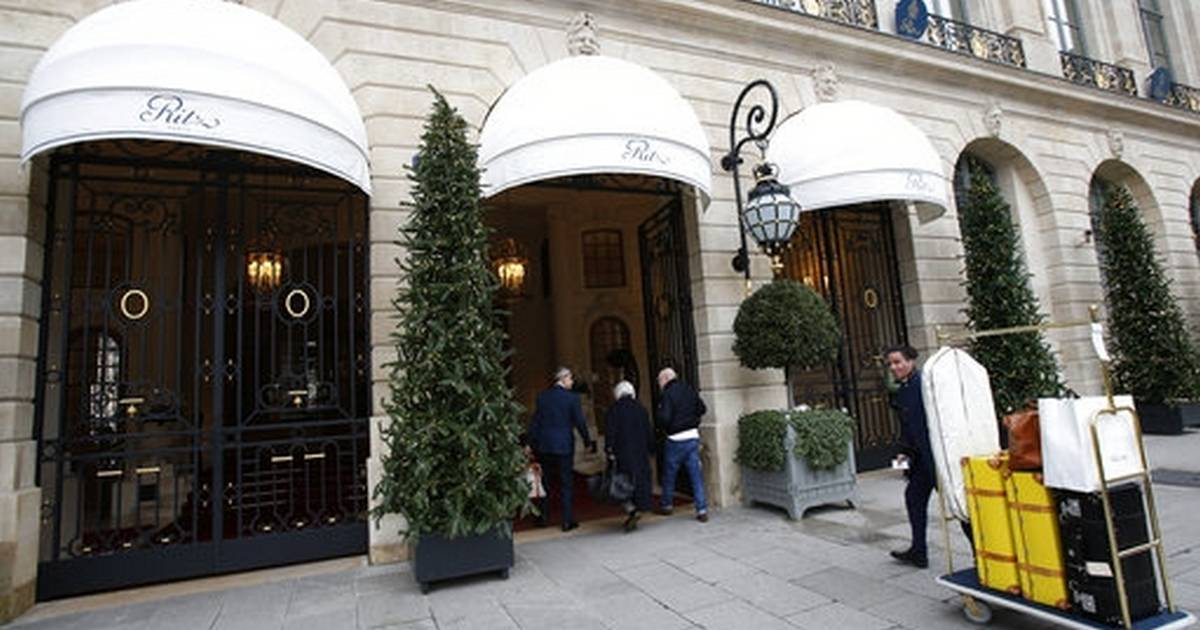 74bc3ace88cb6 Putting on the Ritz: Paris hotel auctions luxury furniture