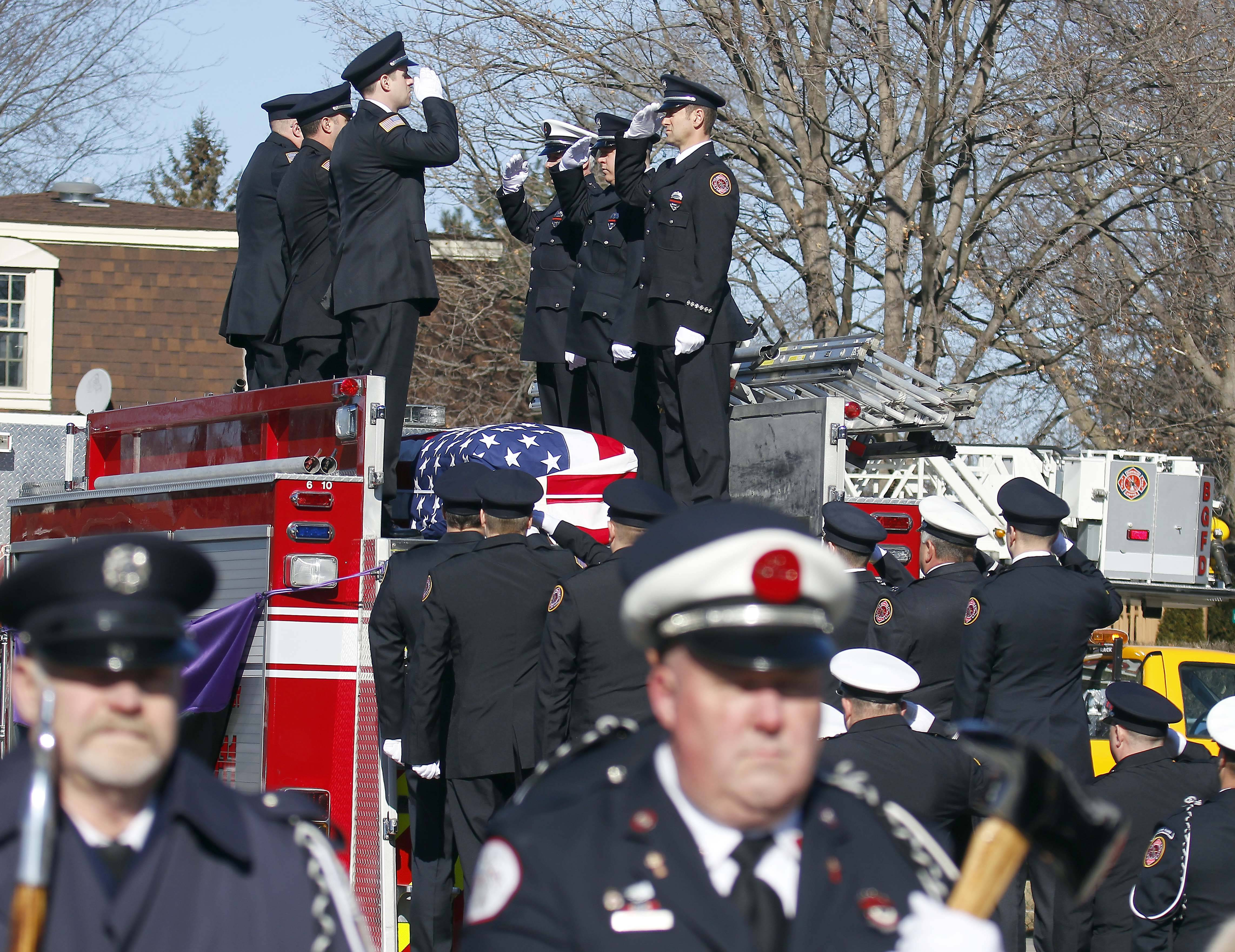 Buffalo Grove firefighters honor one of their own at funeral