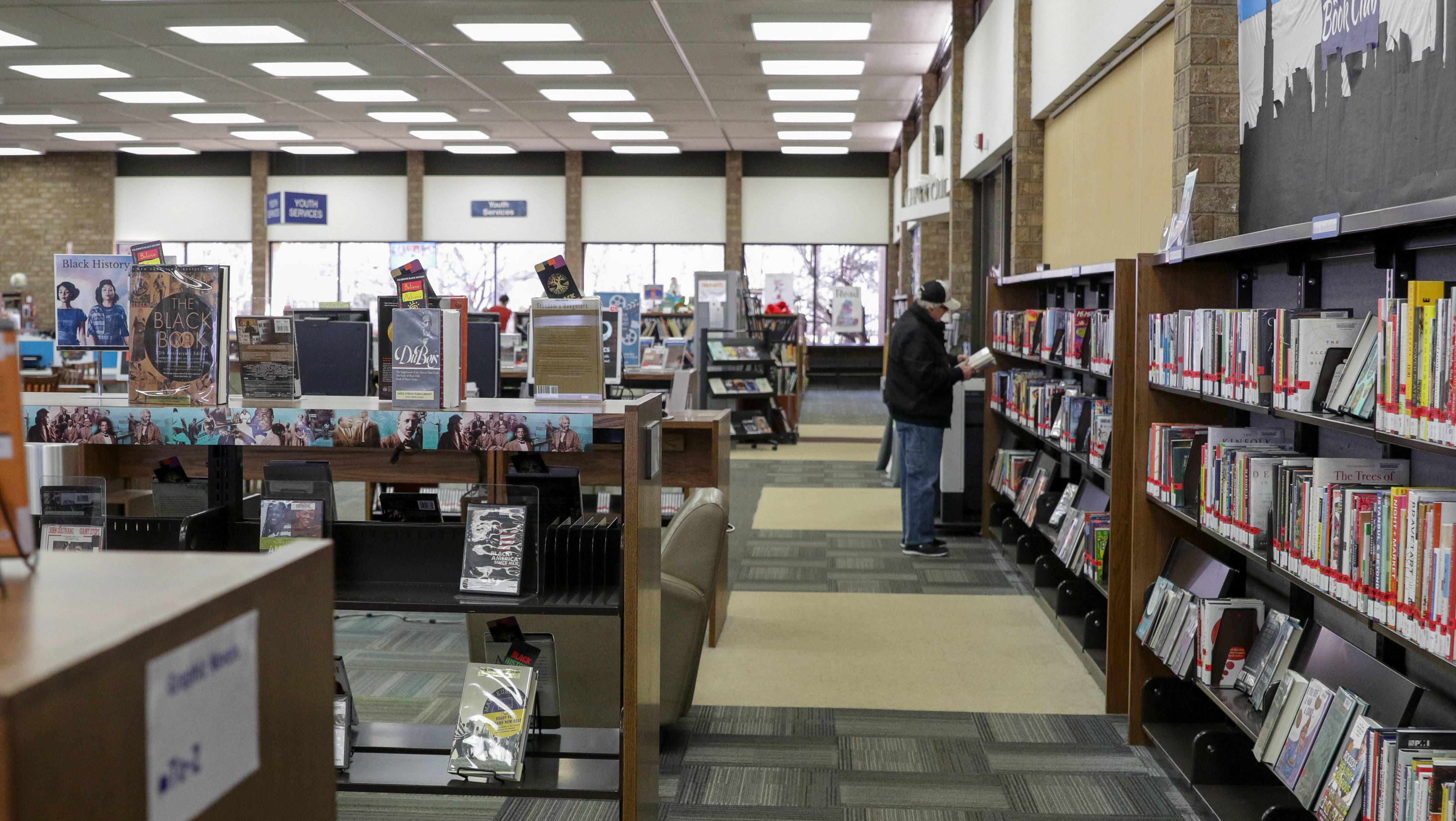 The Carol Stream Library has about 17,500 registered users, but drew 208,000 visitors in fiscal 2017.