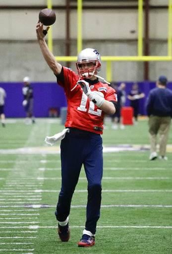 New England Patriots quarterback Tom Brady throws during practice Friday, Feb. 2, 2018, in Minneapolis. The Patriots are scheduled to face the Philadelphia Eagles in the NFL Super Bowl 52 football game Sunday, Feb. 4.