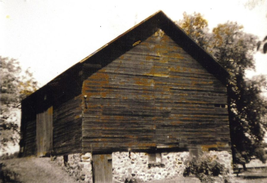 An old photo of a barn near the Mother Rudd Home in Gurnee, which was reportedly a shelter for slaves escaping to freedom. Only the foundation remains.