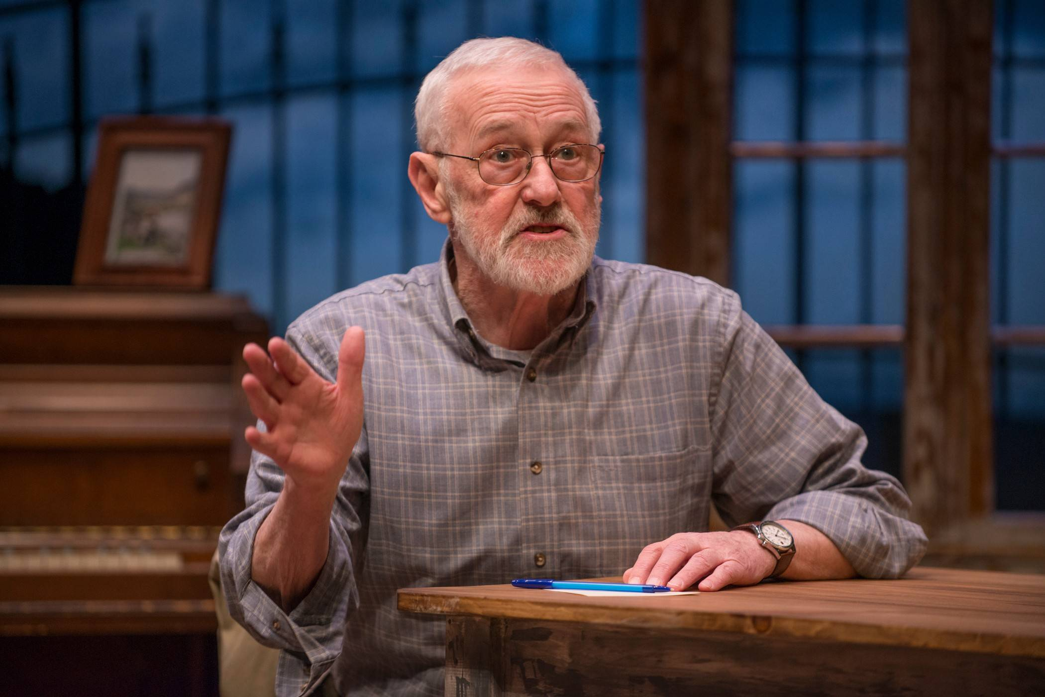 "Chicago stalwart John Mahoney, who died Sunday at age 77, returned to Skokie's Northlight Theatre in 2014 to star in ""Chapatti."""