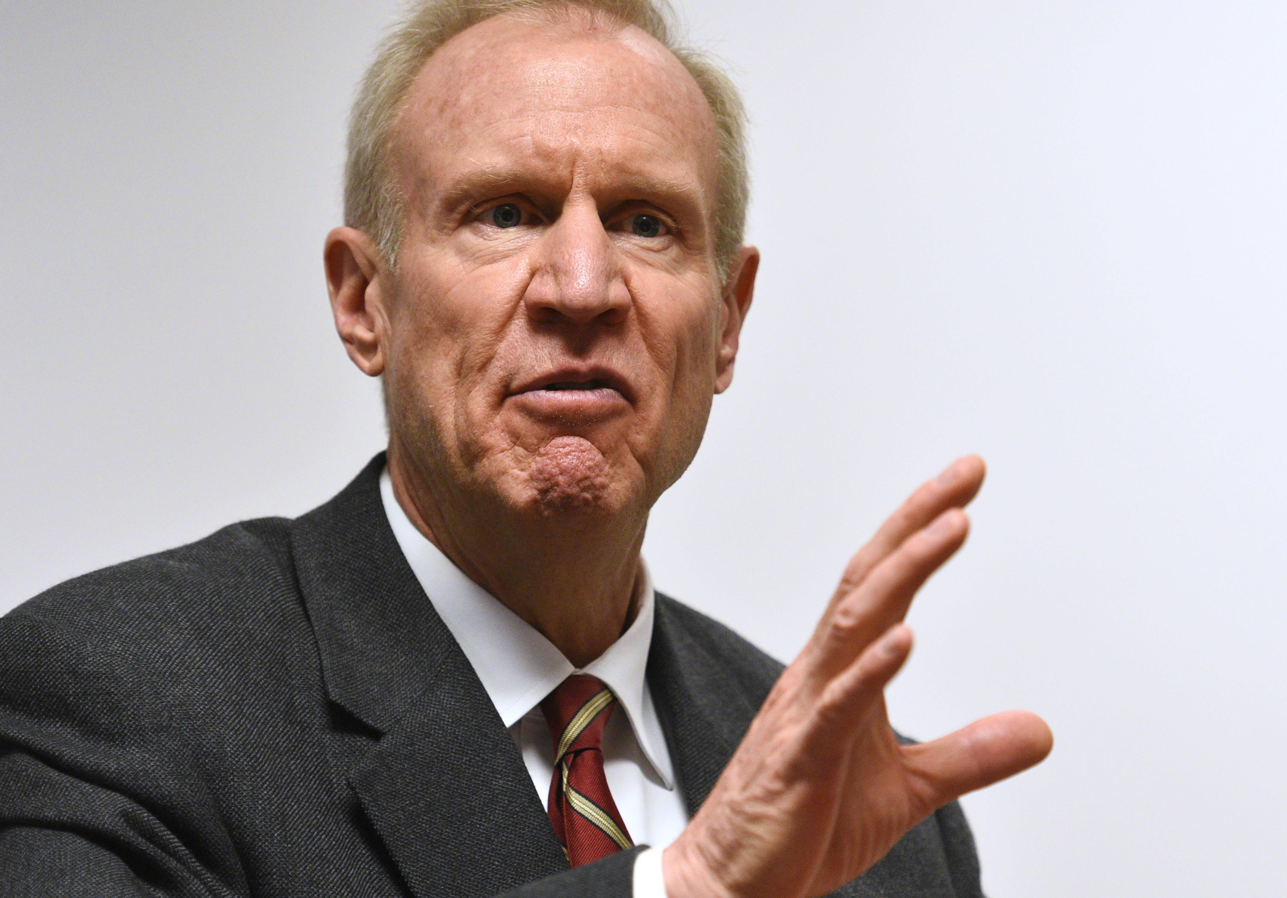 Rauner clinches GOP Cook County party endorsements