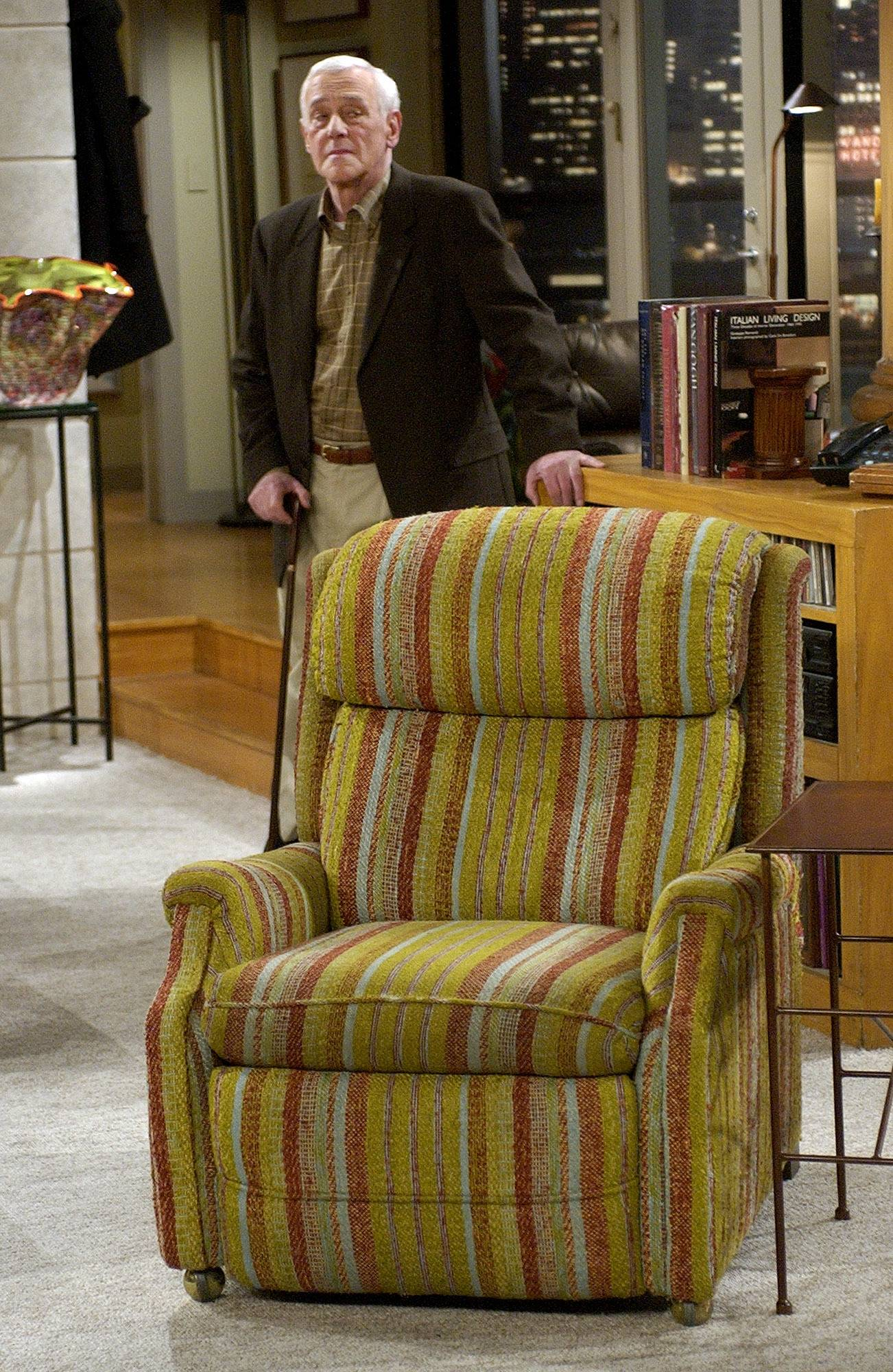 "John Mahoney, who starred as Martin Crane in NBC's ""Frasier,"" appeared on set during the filming of the sitcom's final episode. Mahoney died Sunday."