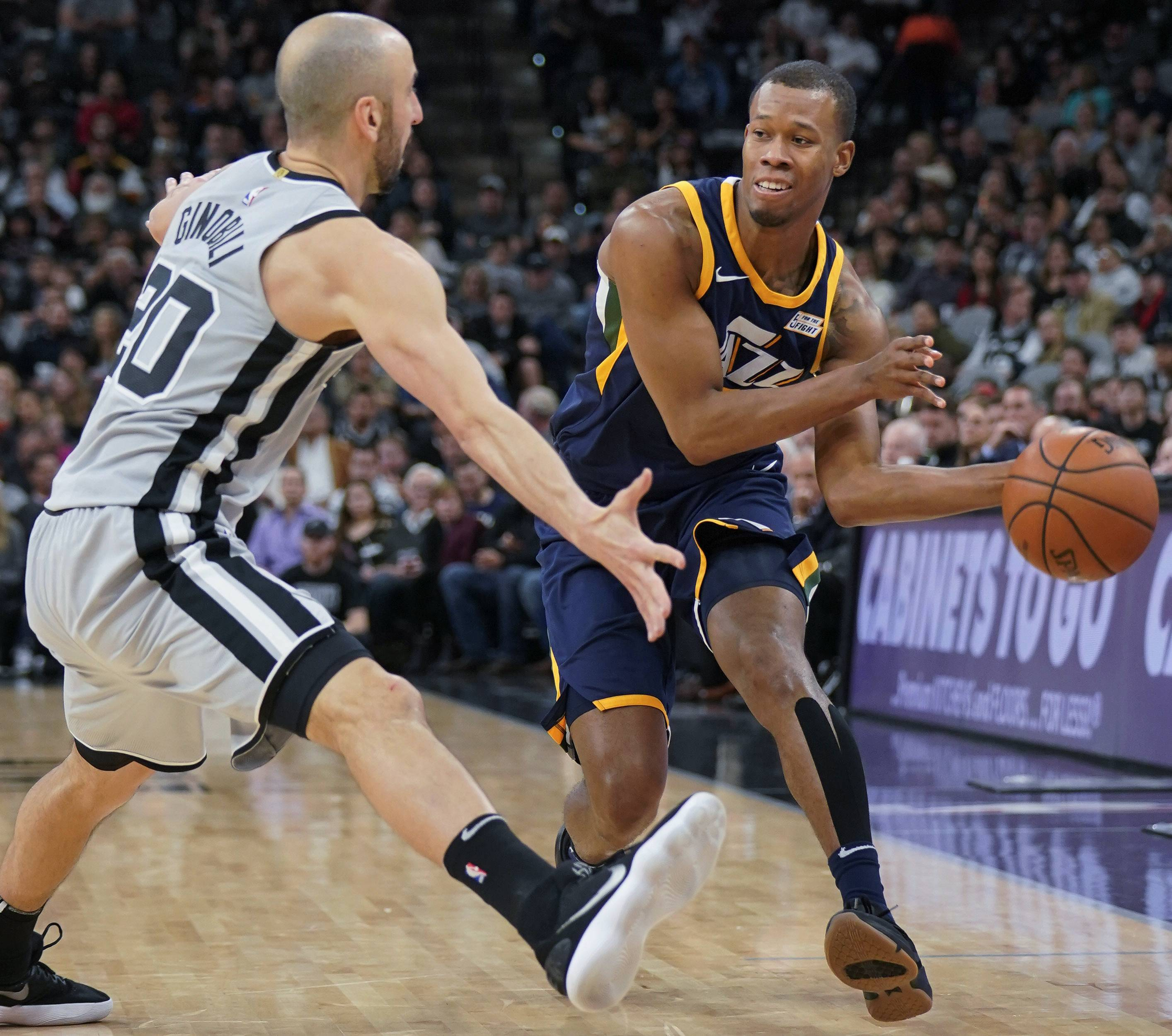 A popular goal as the NBA trade deadline approaches is unloading bad contracts. Can the Bulls use this to help their rebuilding project somehow? The deadline hits on Thursday afternoon. The Jazz's Rodney Hood has been mentioned frequently in rumors. The Salt Lake Tribune suggested the Bulls are one of the teams interested,