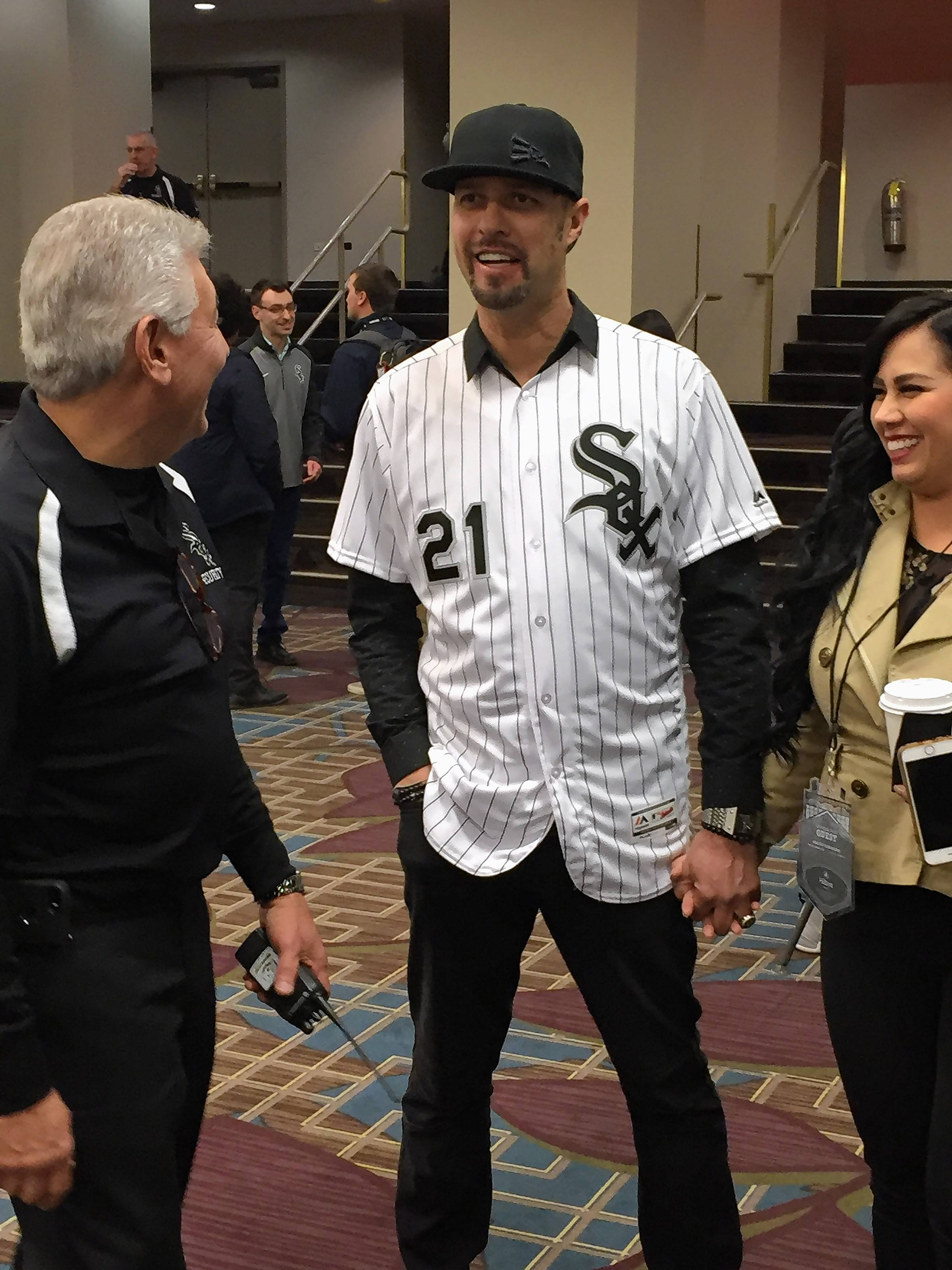 Former White Sox pitcher Esteban Loaiza, center, attended last month's SoxFest convention in Chicago.